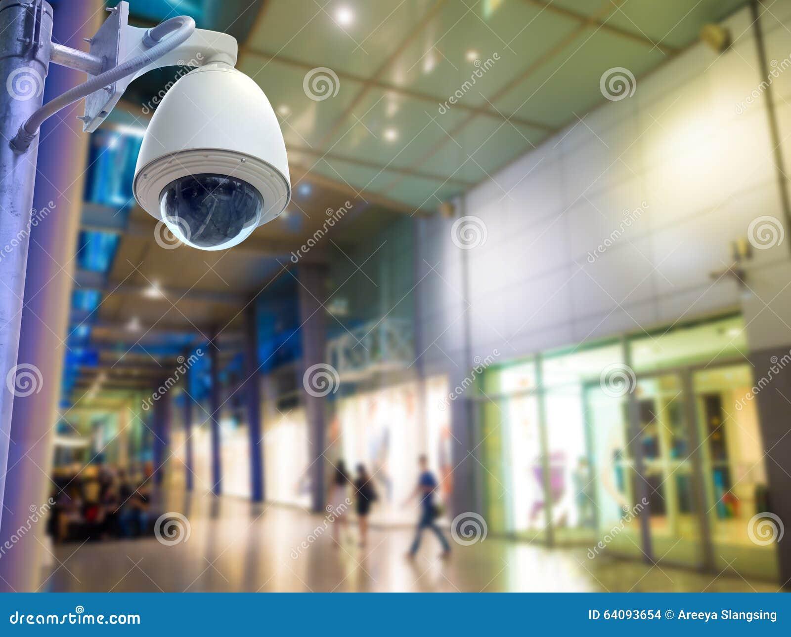 Videocamera di sicurezza di sorveglianza o cctv nel centro - Videocamera di sicurezza ...