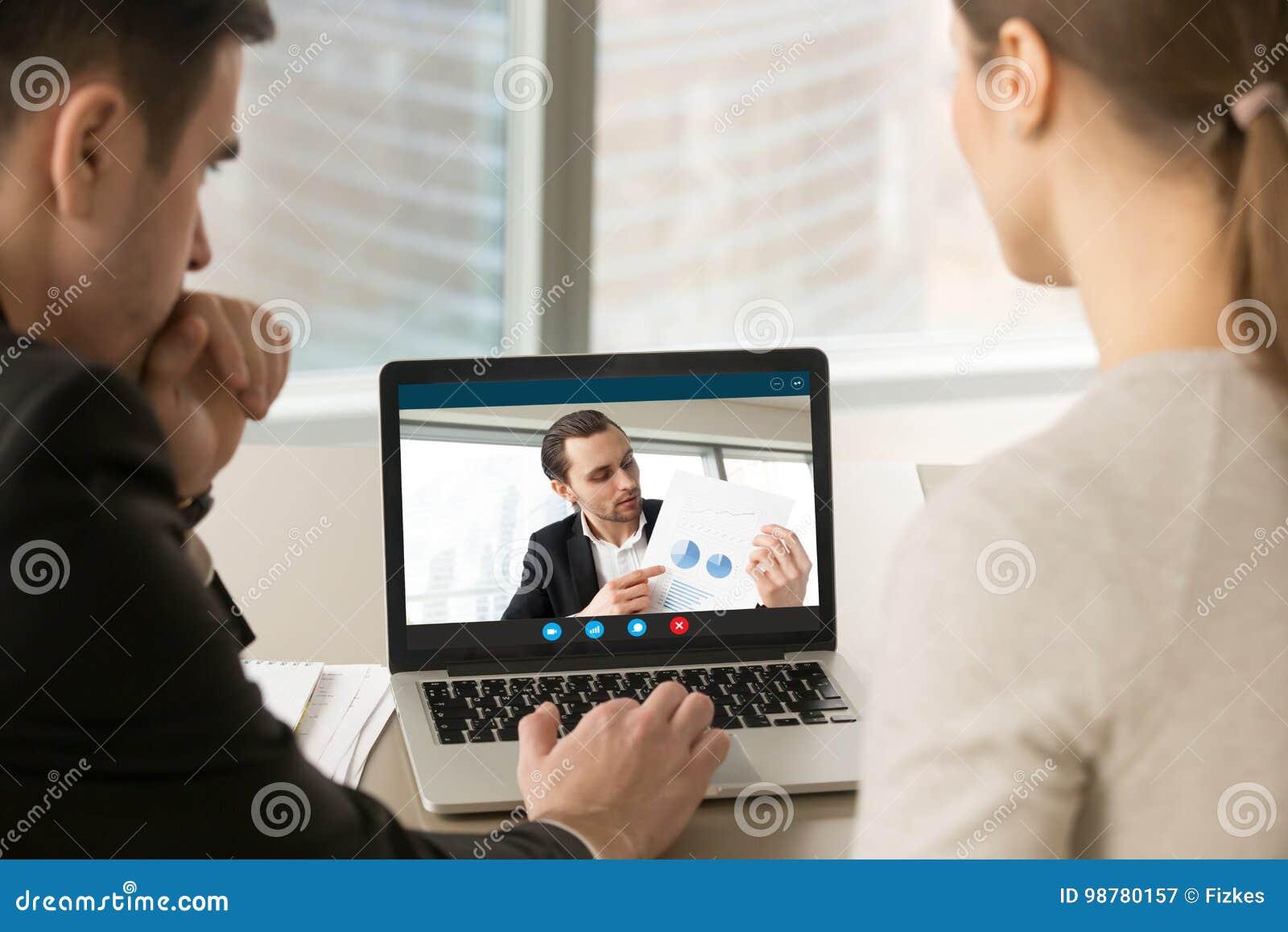 Videoconferência de participação dos empresários, discutindo o financi