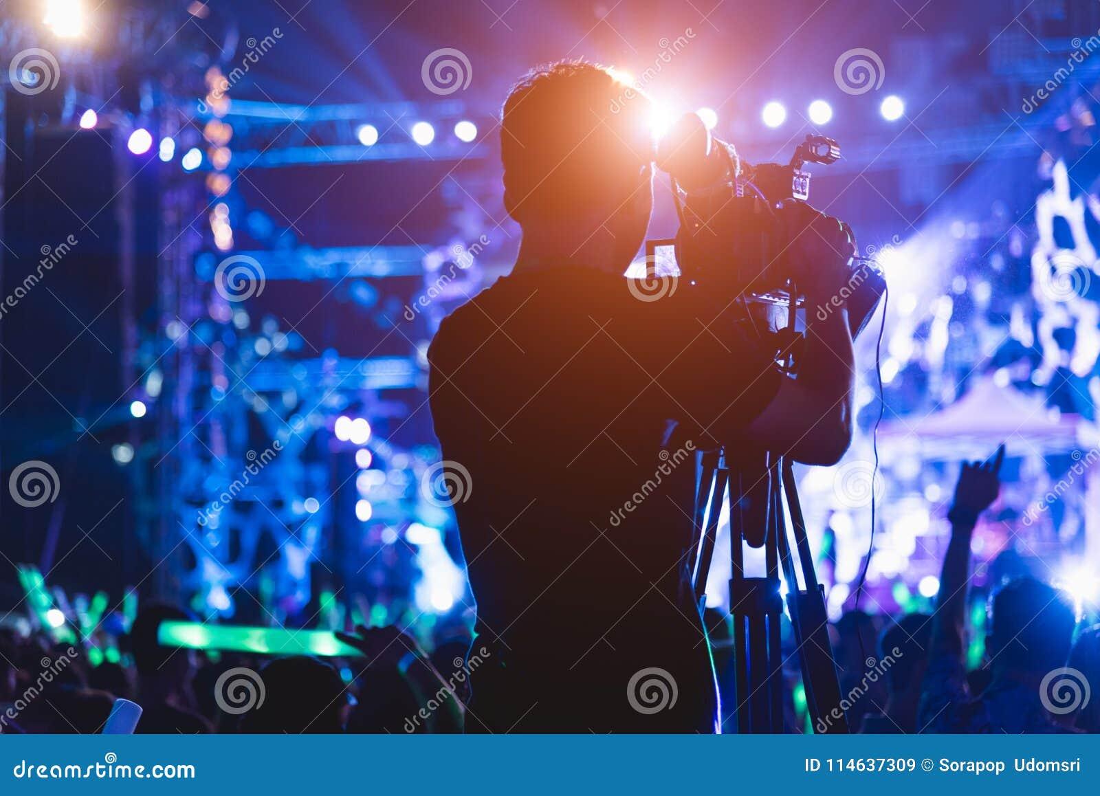 Videographer för kamera för produktion för kameramanskytte video