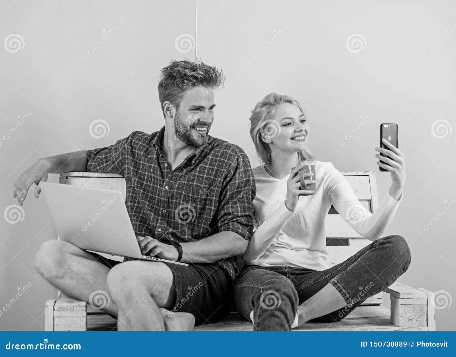 Videovraagvoordelen Mededeling zonder barri?res Blijf overal in contact mobiele moderne de technologievideo van Internet