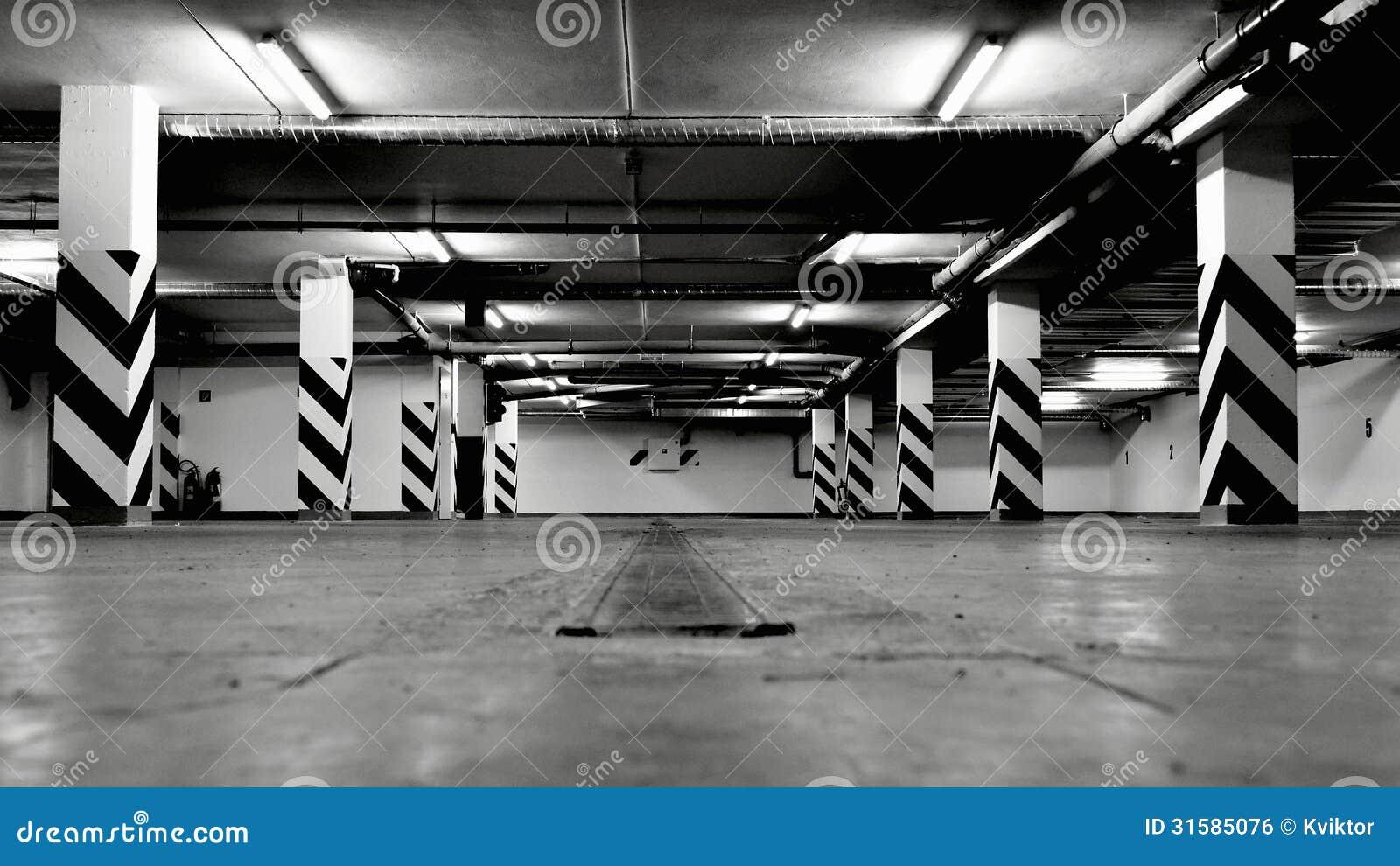 Videz le garage souterrain