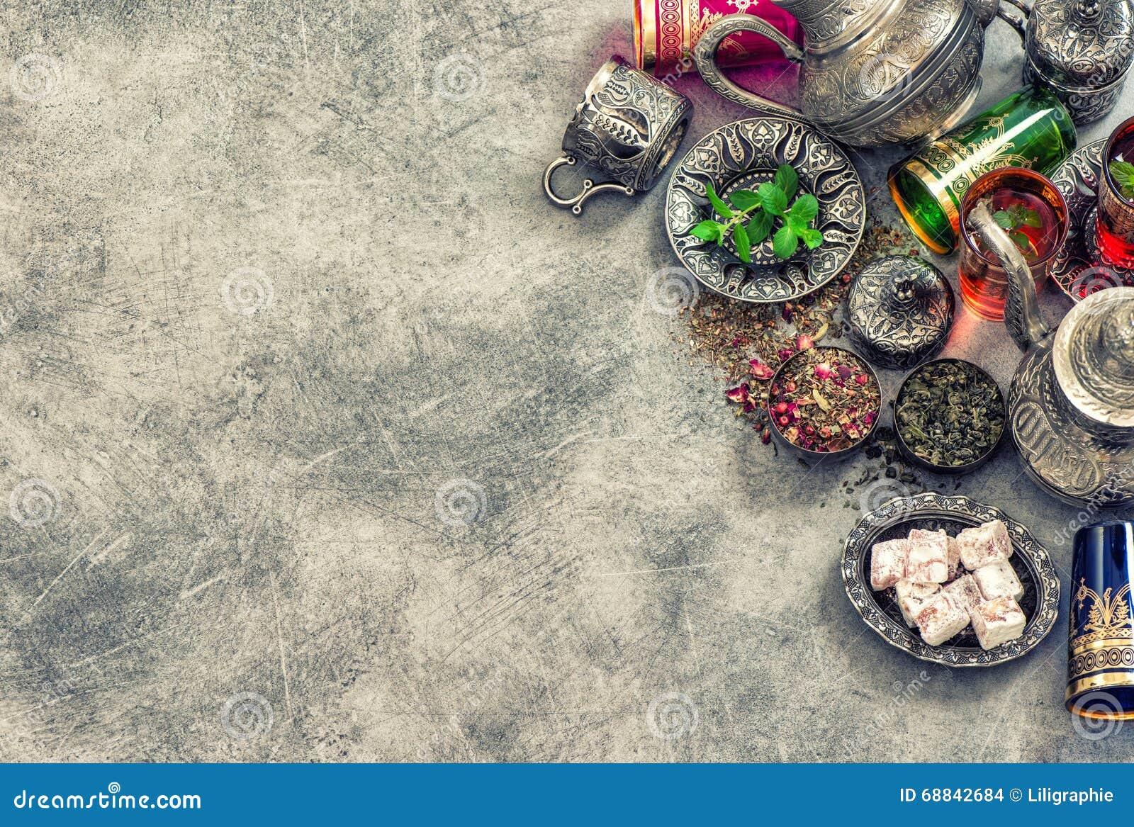 Vidrios coloridos de la tabla de té Vintage oriental de la hospitalidad