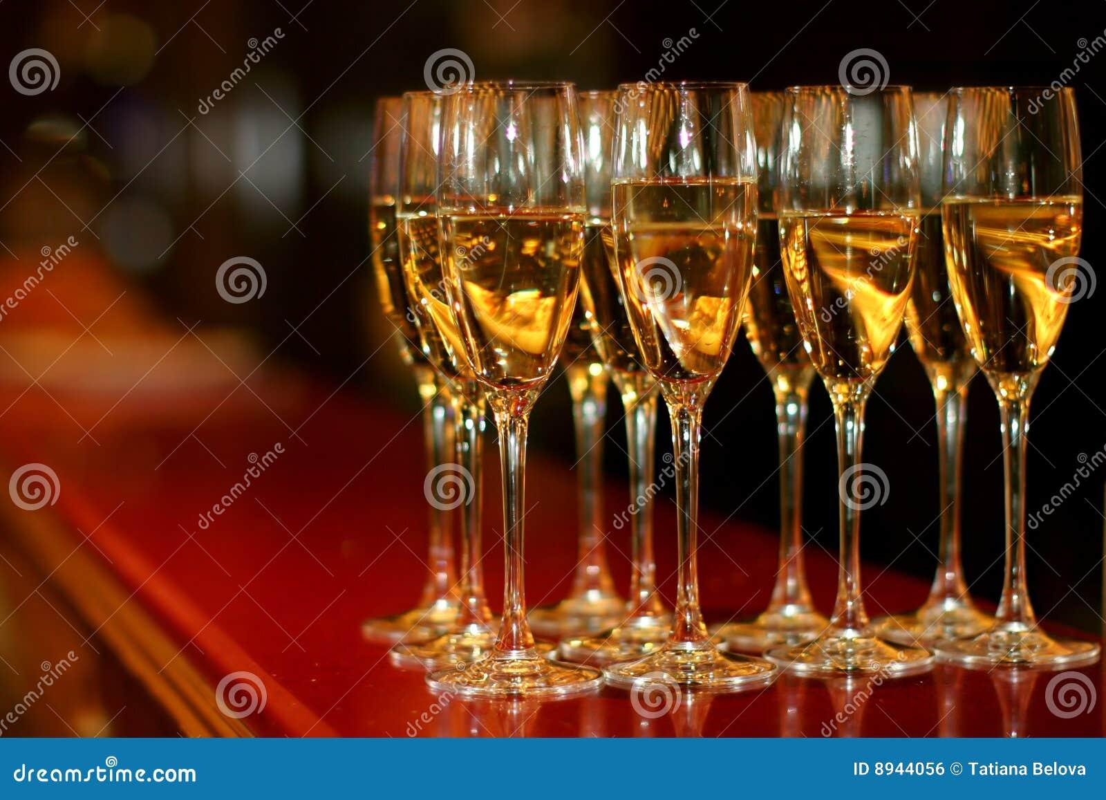 Vidrios con champán