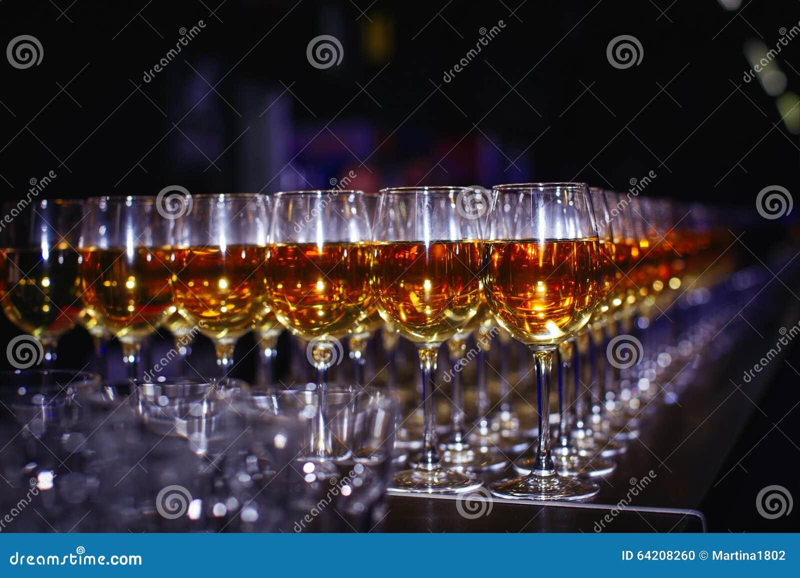 Vidrios con el vino
