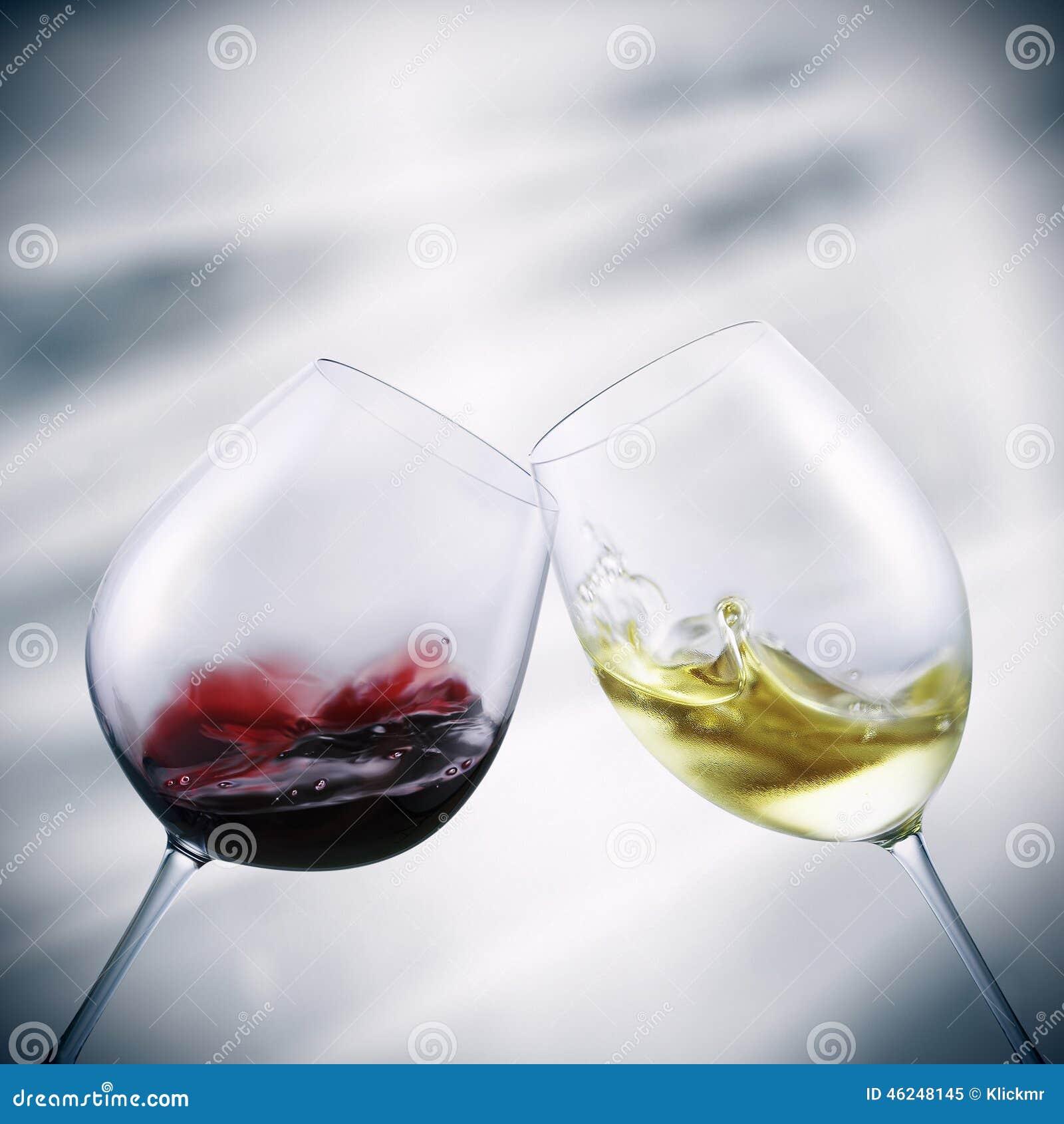 Vidrios de vino blanco rojo y