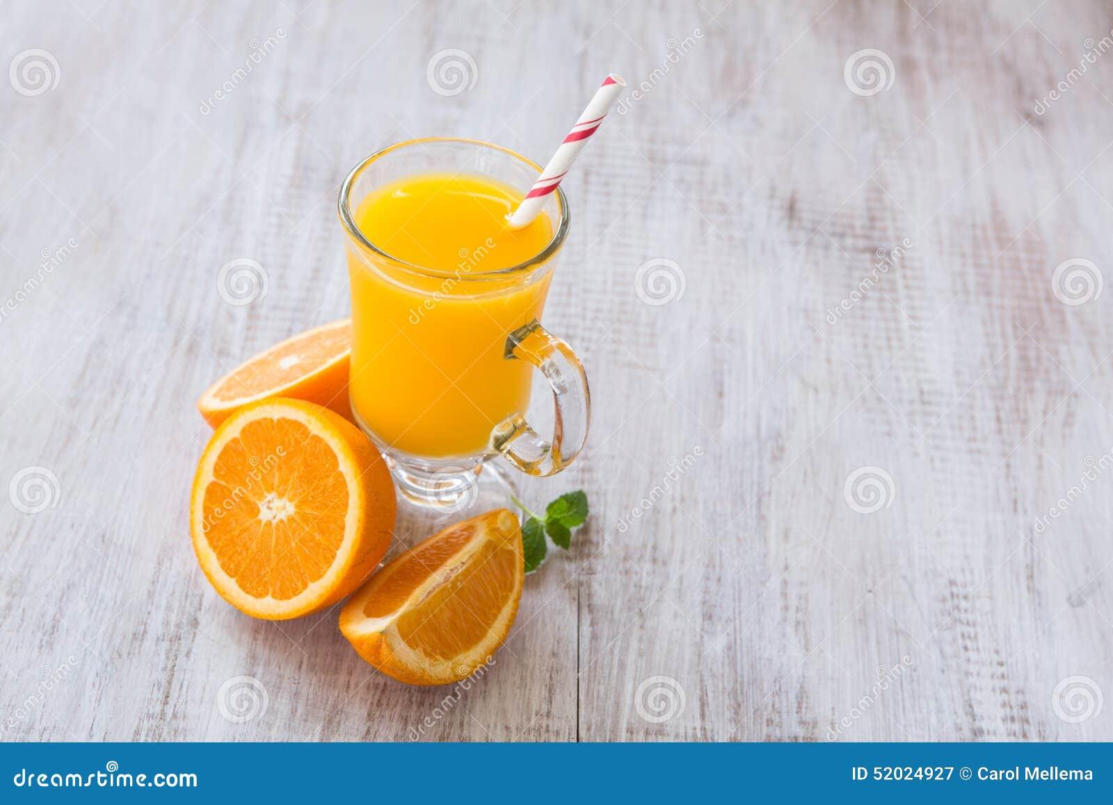Vidro de Juice Drink For Breakfast alaranjado