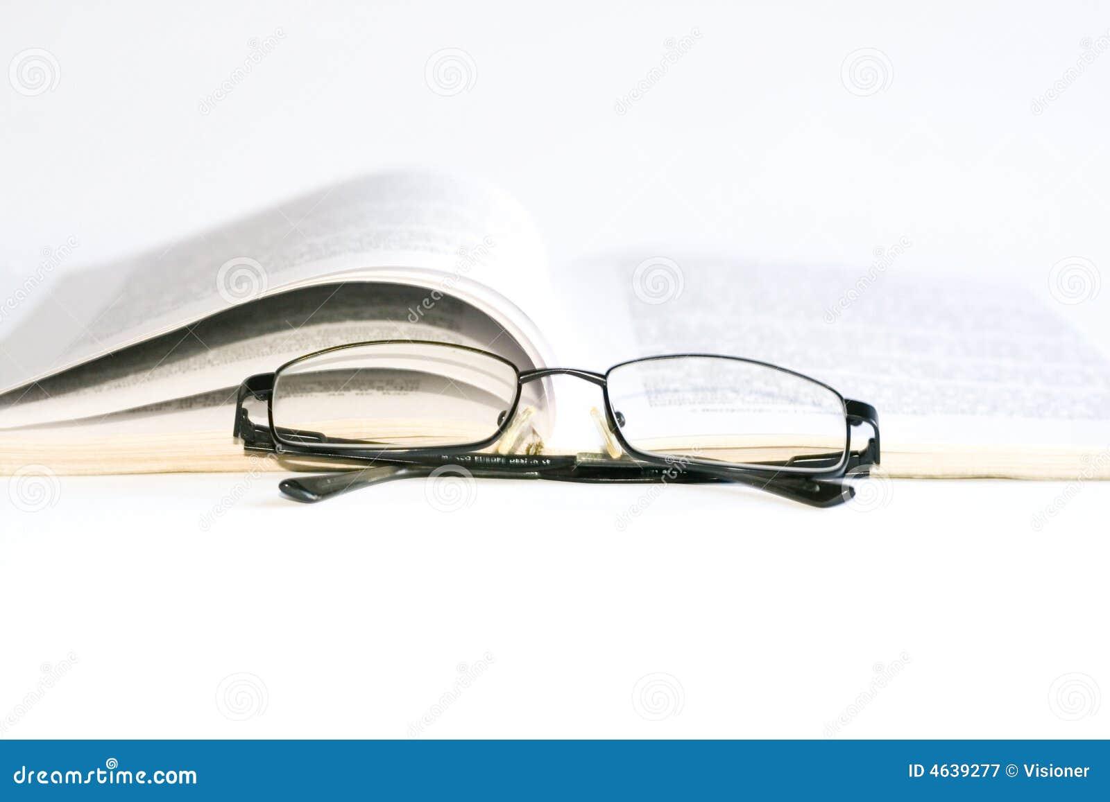 Vidros e livro