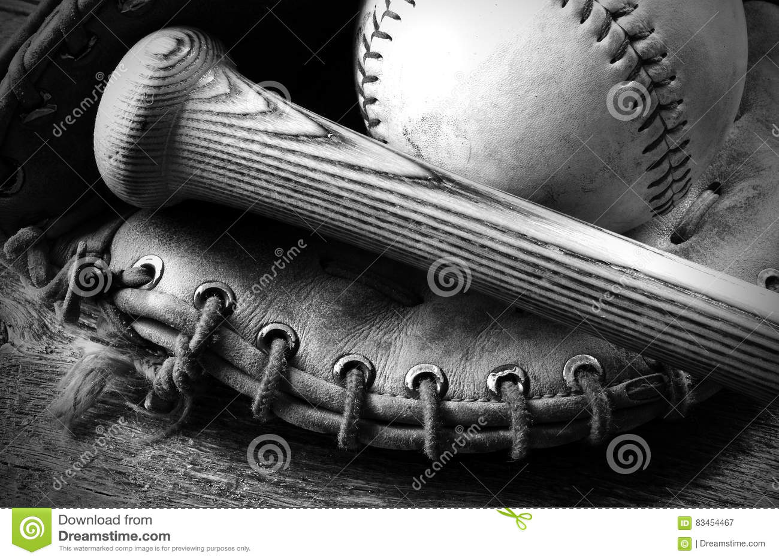 Vieil équipement de base-ball utilisé