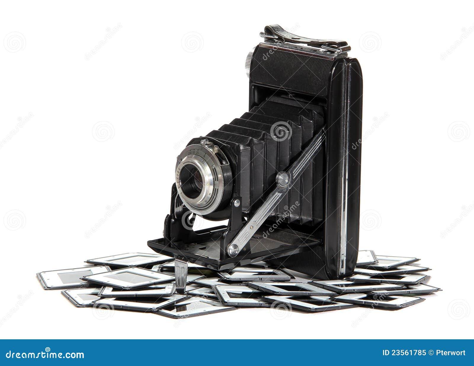 Vieil appareil-photo avec des trames de photo