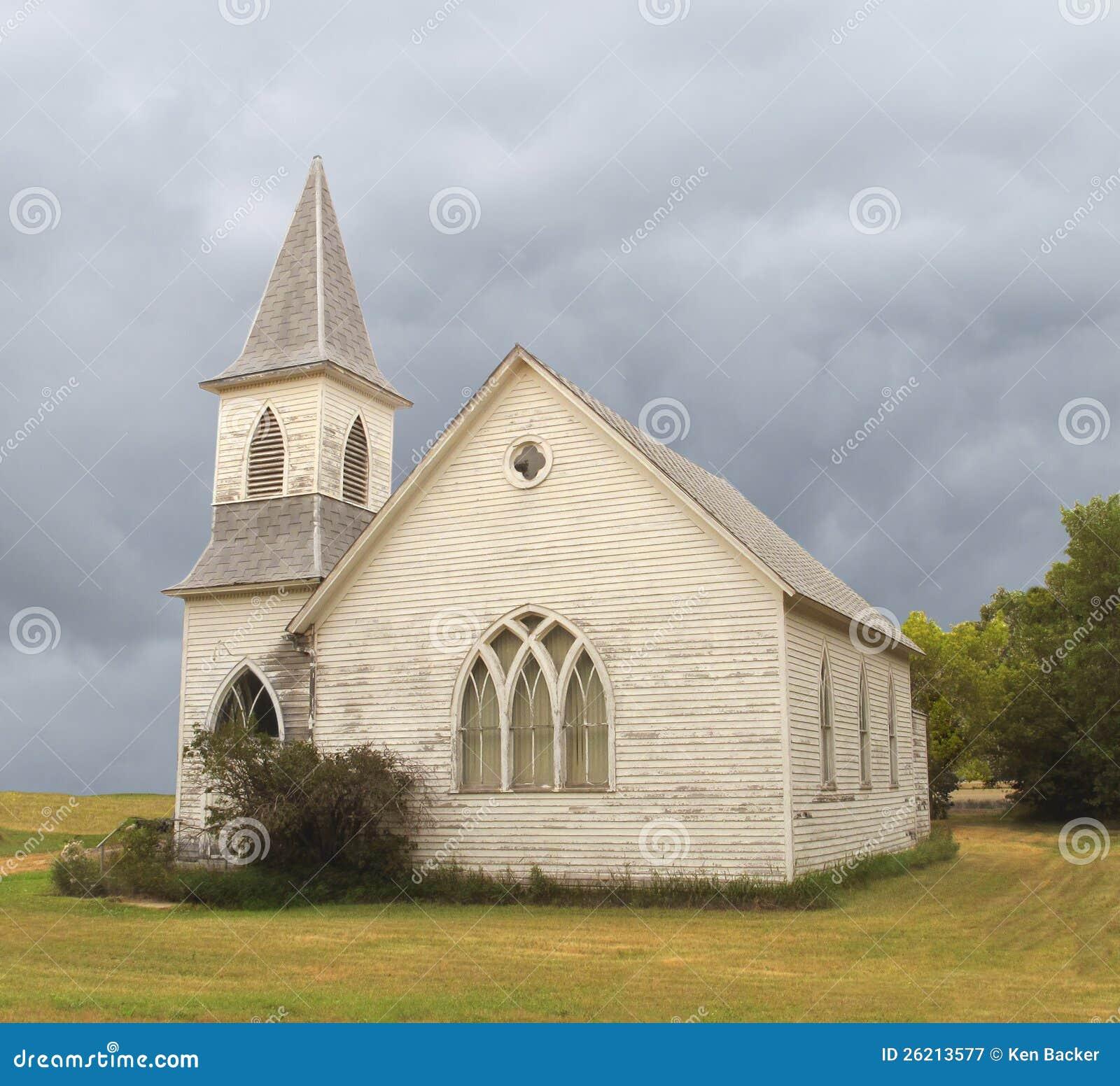 Vieille église abandonnée de prairie