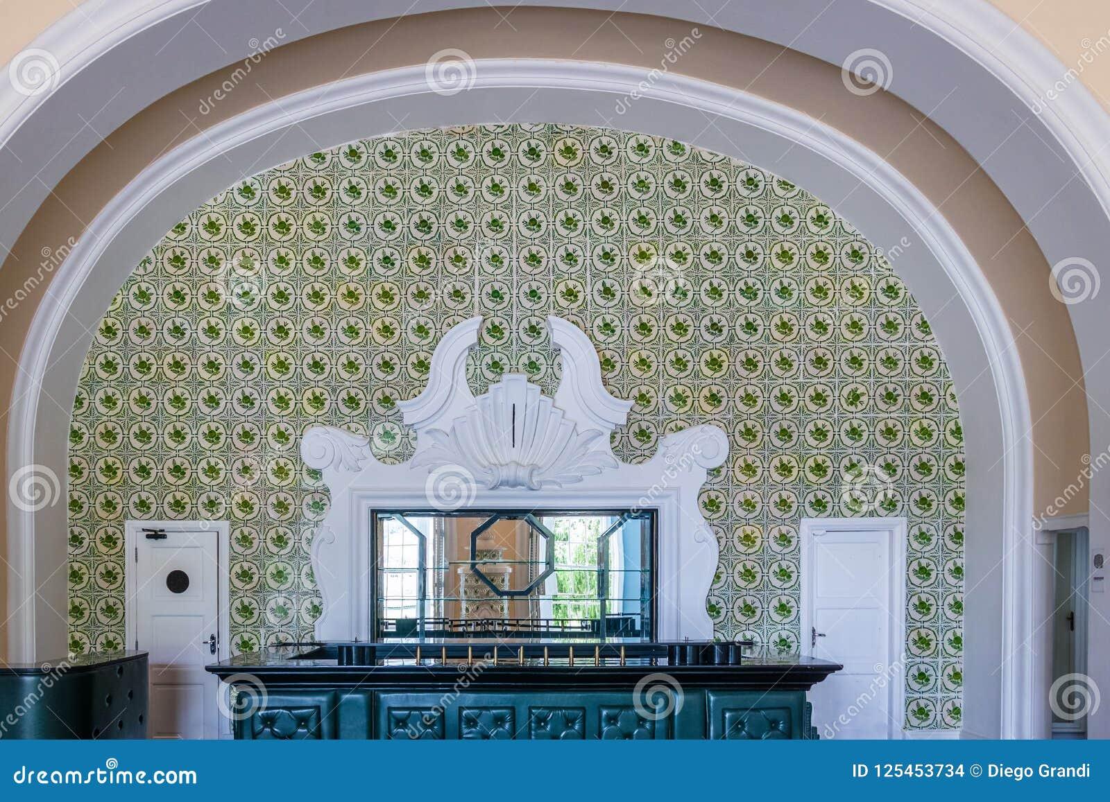Vieille barre centrale hôtel de casino de palais de Quitandinha à l ancien - Petropolis, Rio de Janeiro, Brésil