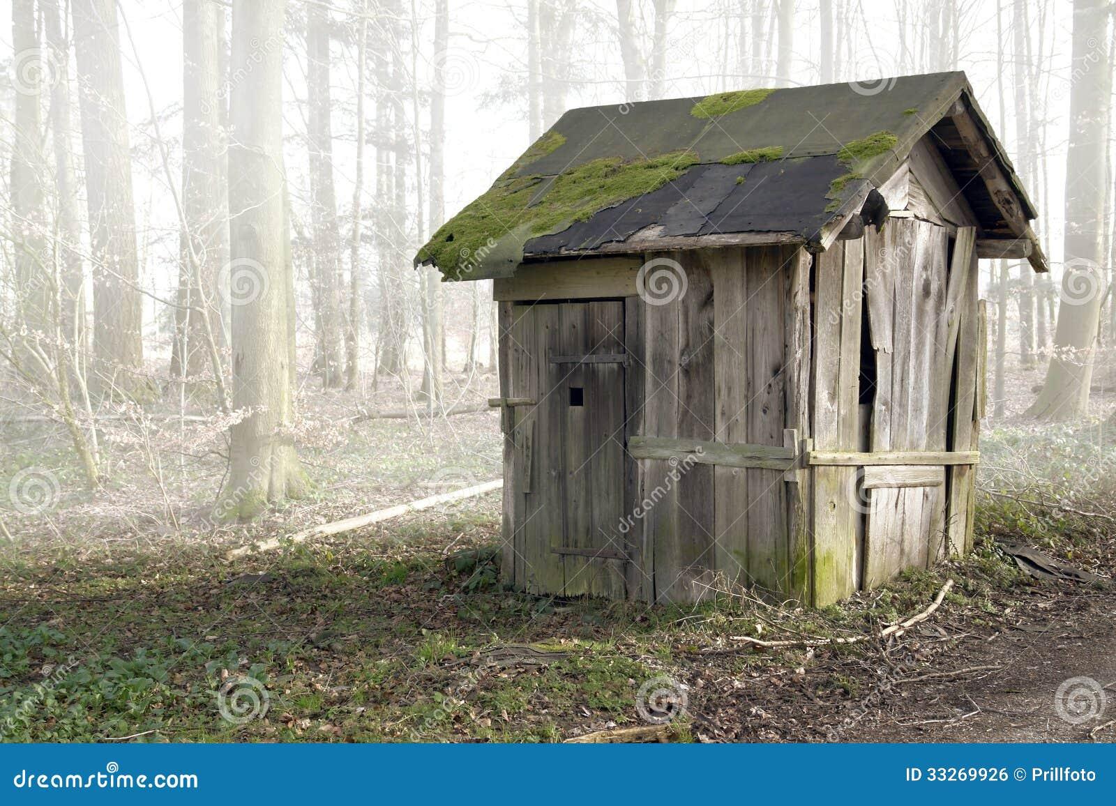 Vieille cabane en bois photo stock image du collecte for Destockage cabane en bois