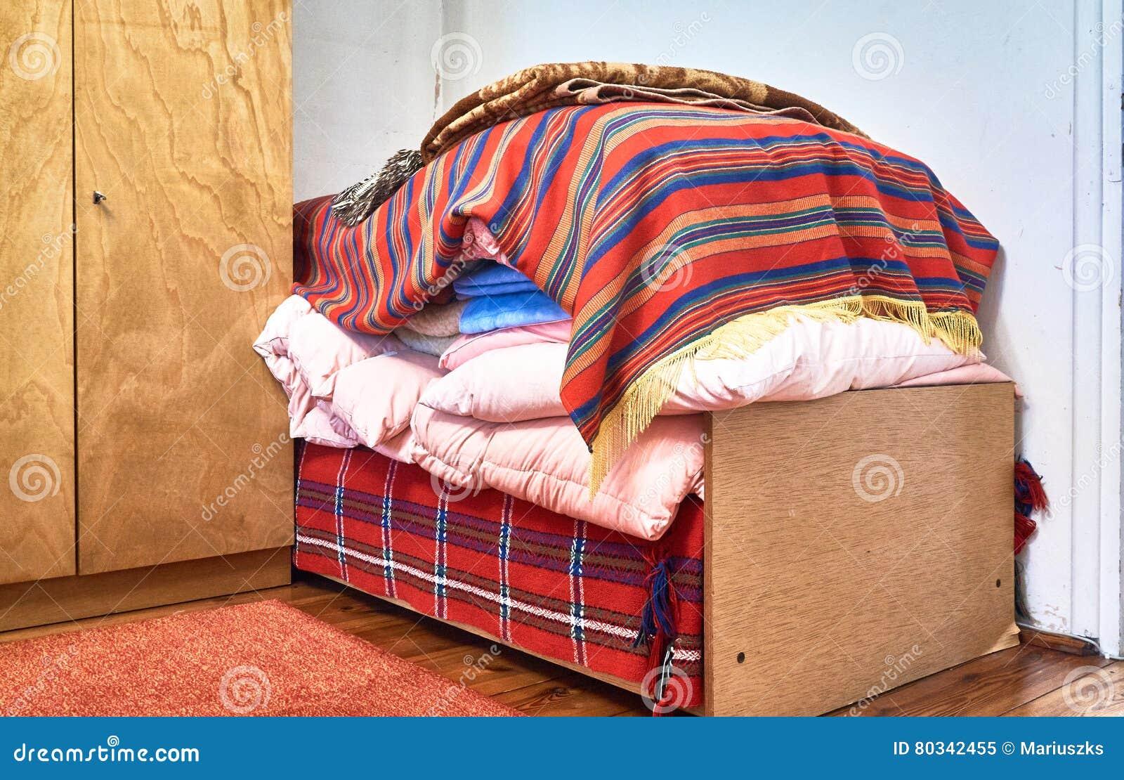Chambre A Coucher Annees 70 vieille chambre à coucher et 70 années de lit image