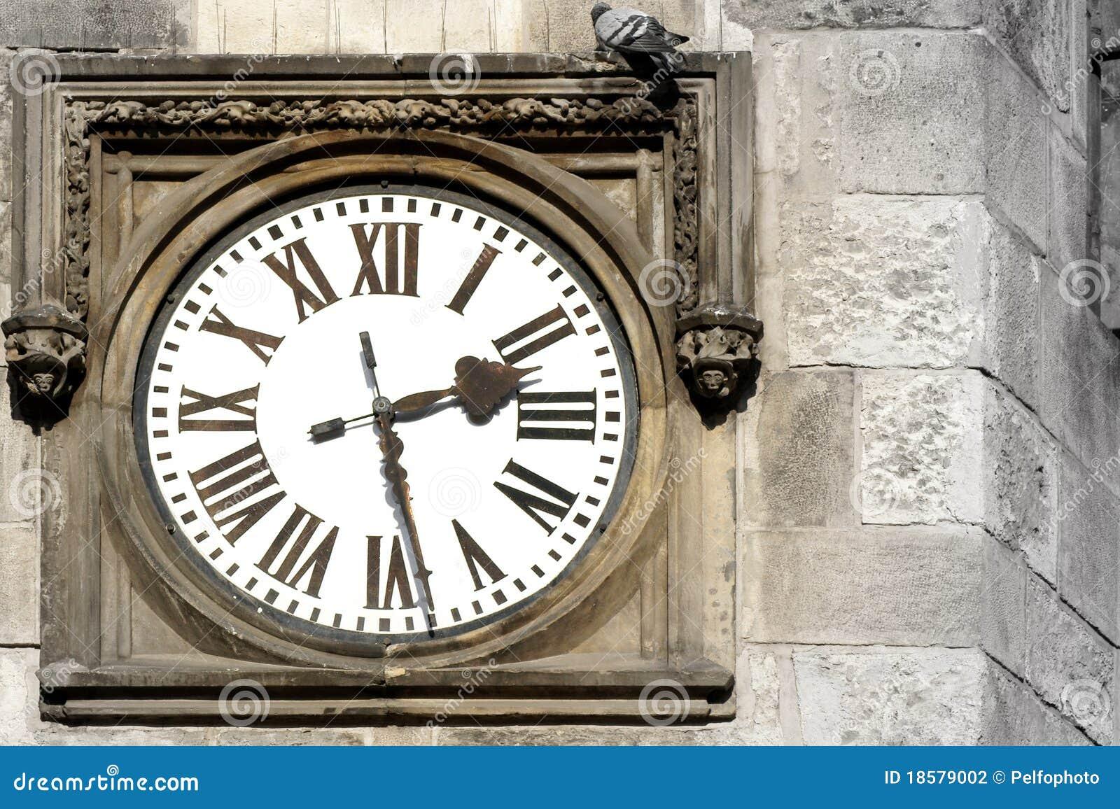 Vieille Horloge Extérieure Photographie stock  Image  ~ Vieille Horloge En Bois
