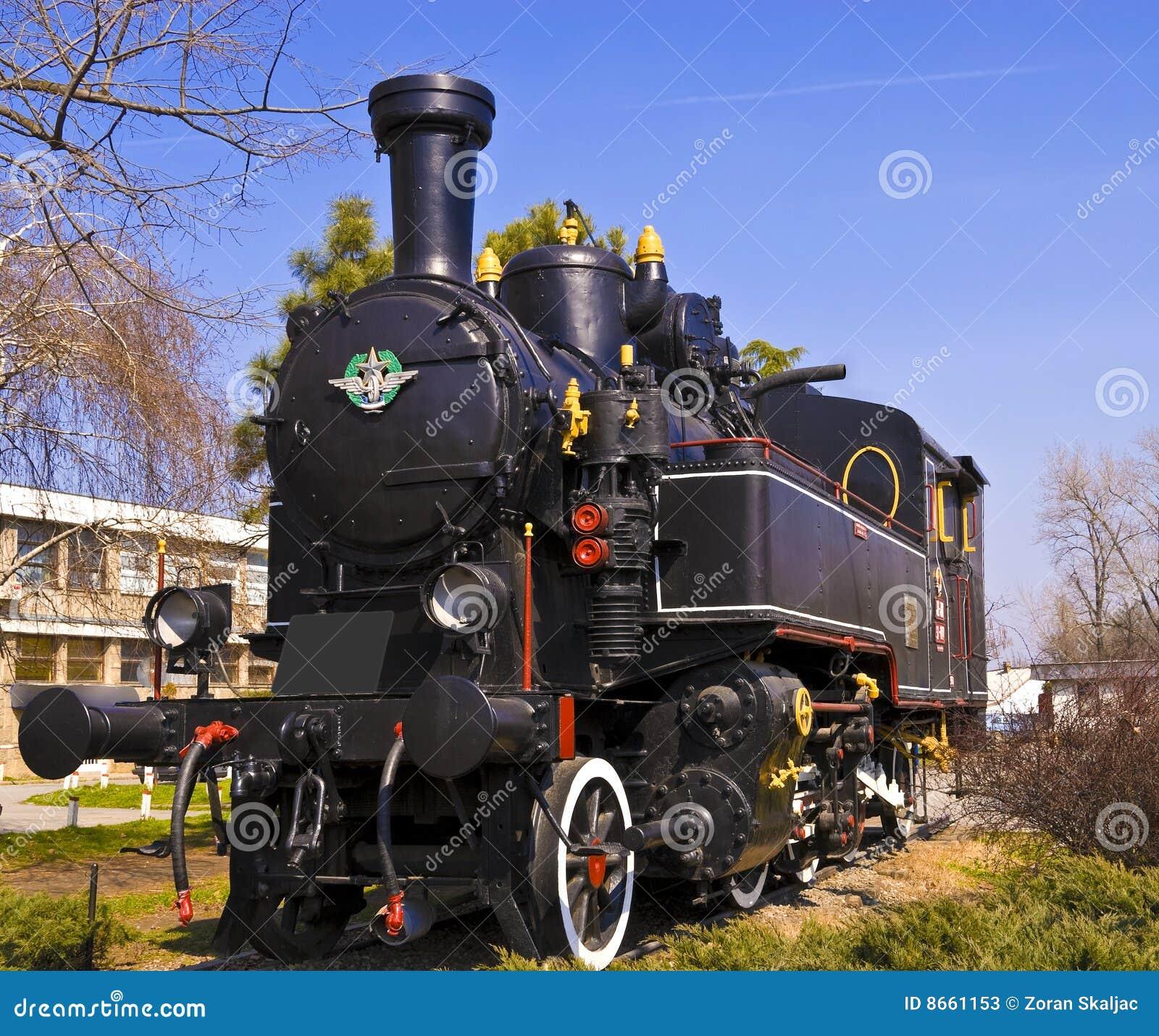 Vieille locomotive à vapeur