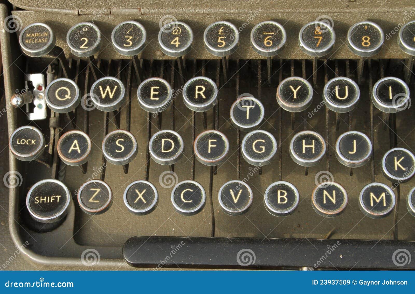 vieille machine crire de clavier qwerty images libres de droits image 23937509. Black Bedroom Furniture Sets. Home Design Ideas