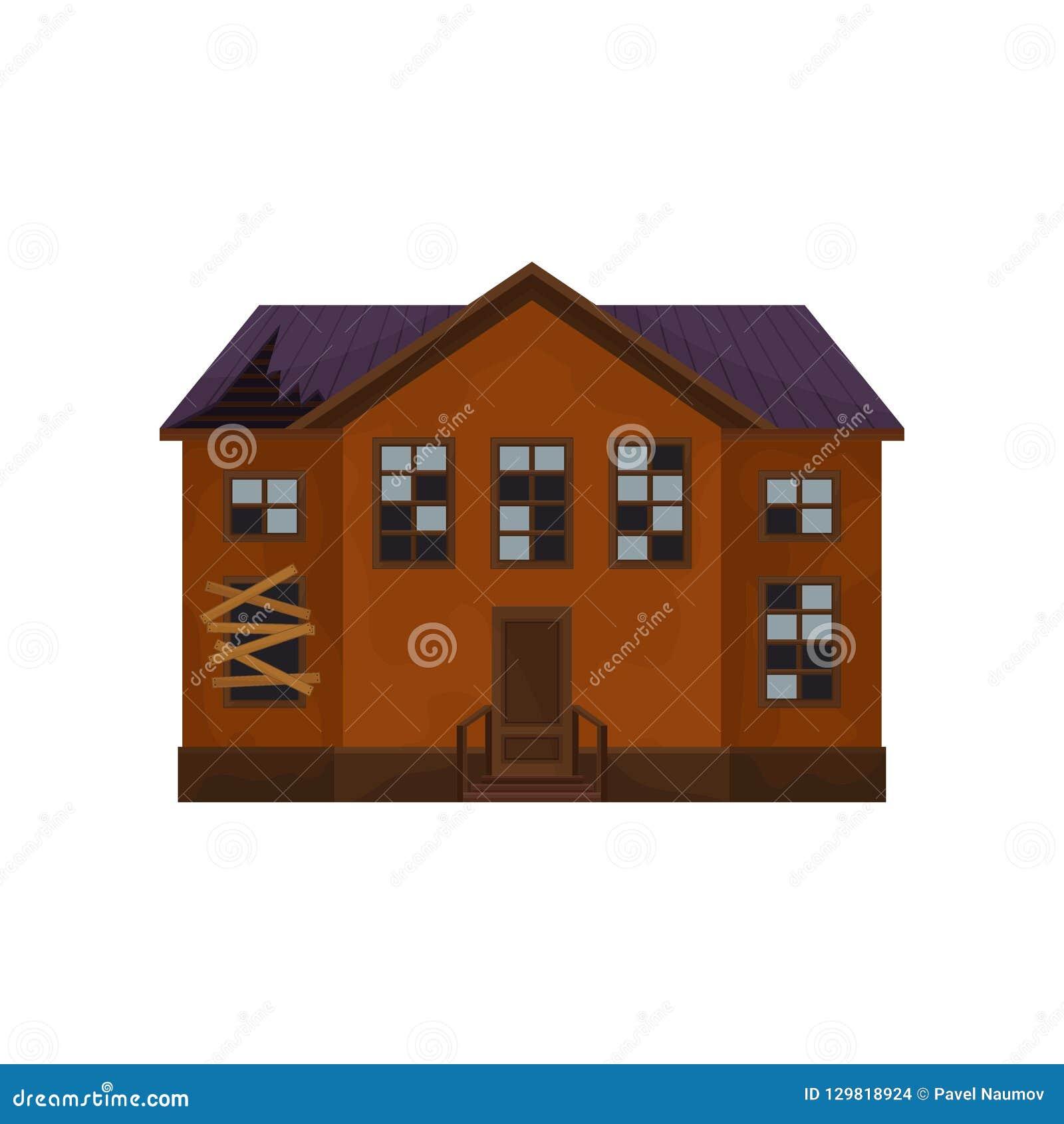 Vieille maison abandonnée avec le toit et les fenêtres cassés extérieur de grand cottage bâtiment à