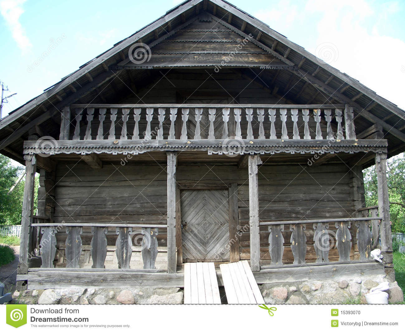 Vieille maison en bois photo stock image 15393070 for Vieille maison de campagne