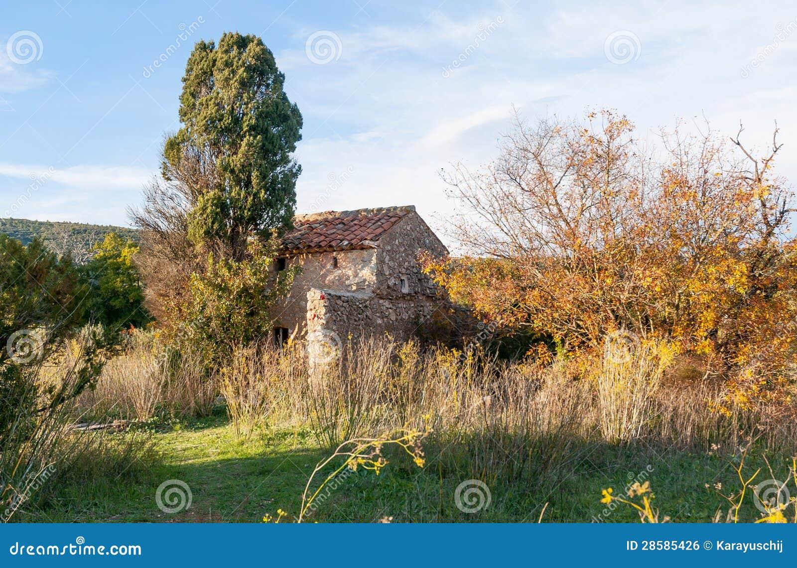 Vieille maison en provence sud de la france image libre for Achat maison sud france