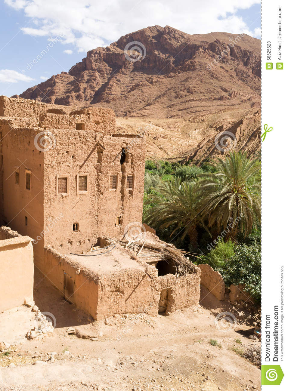 Vieille maison traditionnelle au maroc du sud photo stock for Plan maison sud est