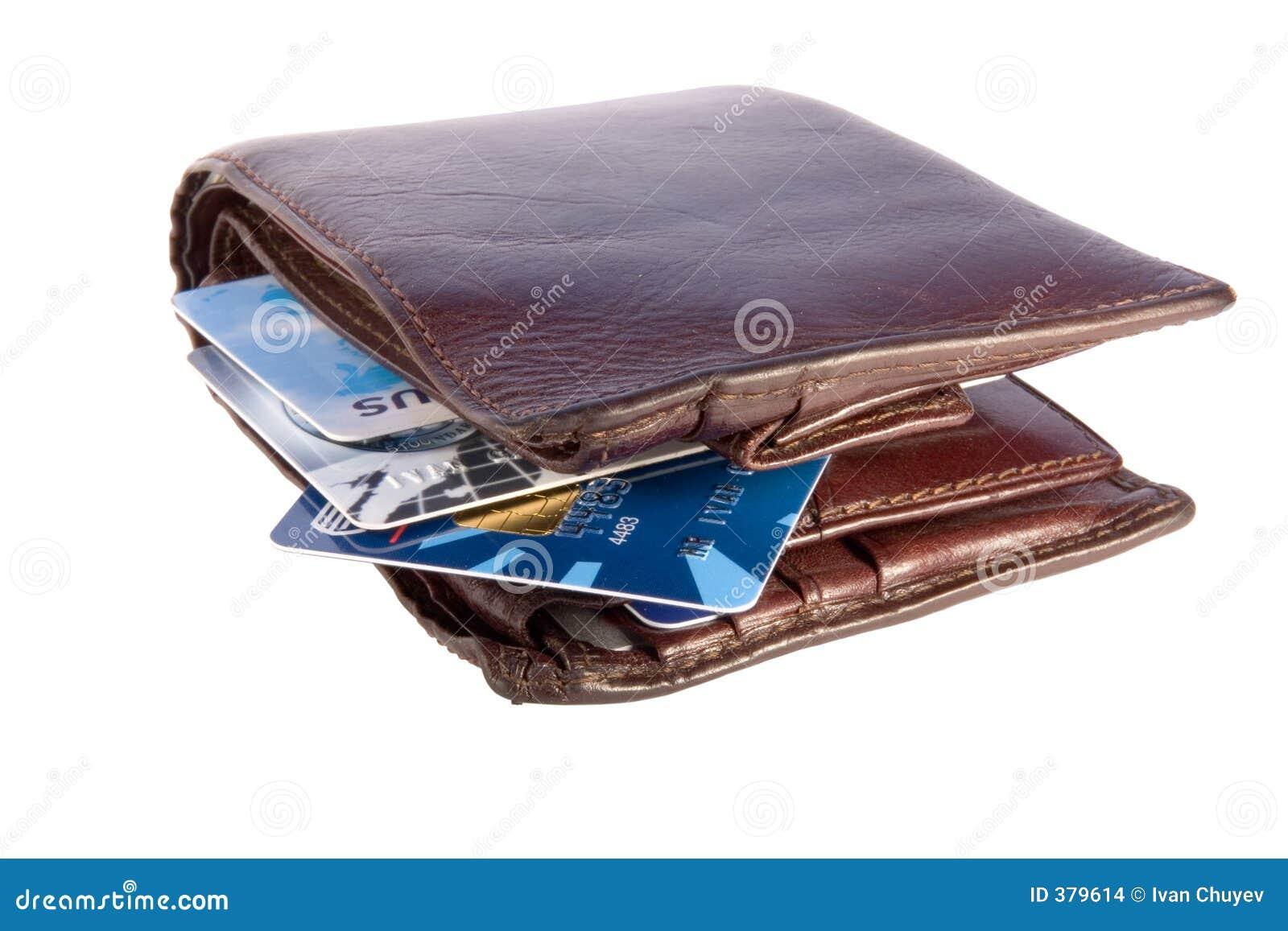 Vieille pochette avec des cartes de crédit à l intérieur