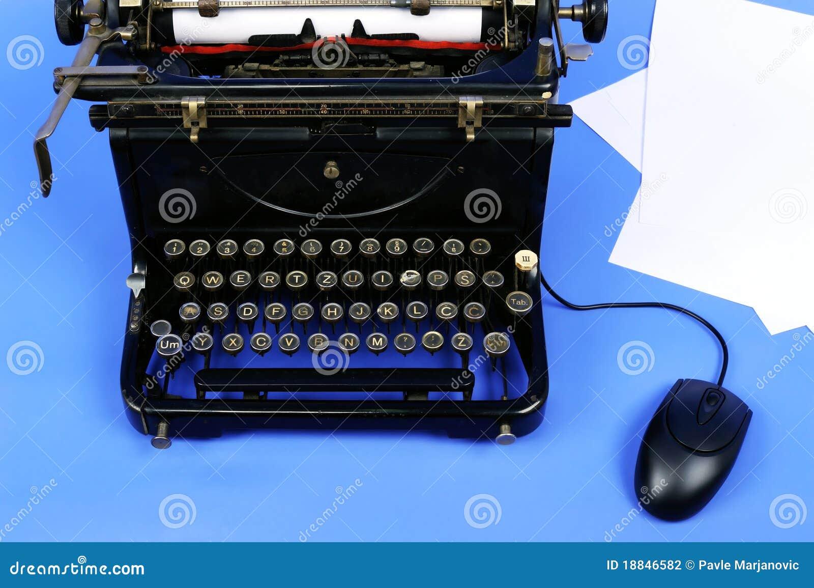 Vieille rétro machine à écrire