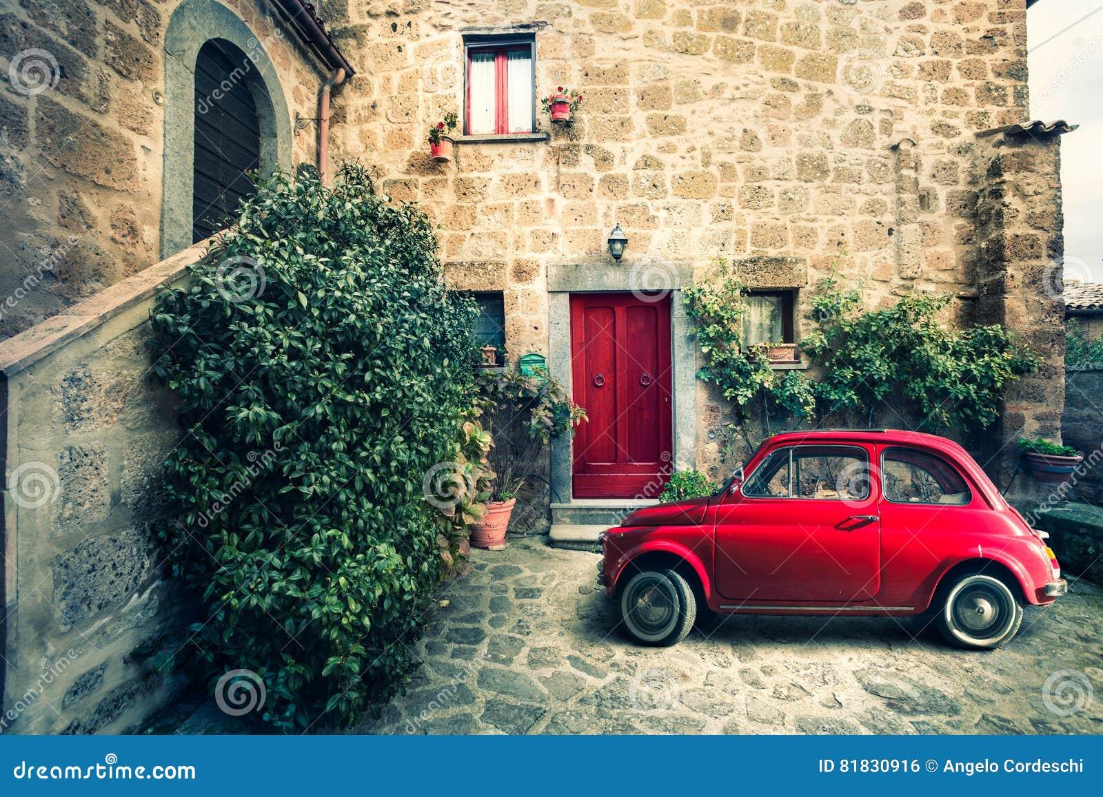 Vintage Vieille D'italien Rouge Petite Scène Antique De Voiture Fiat KTlJF1c