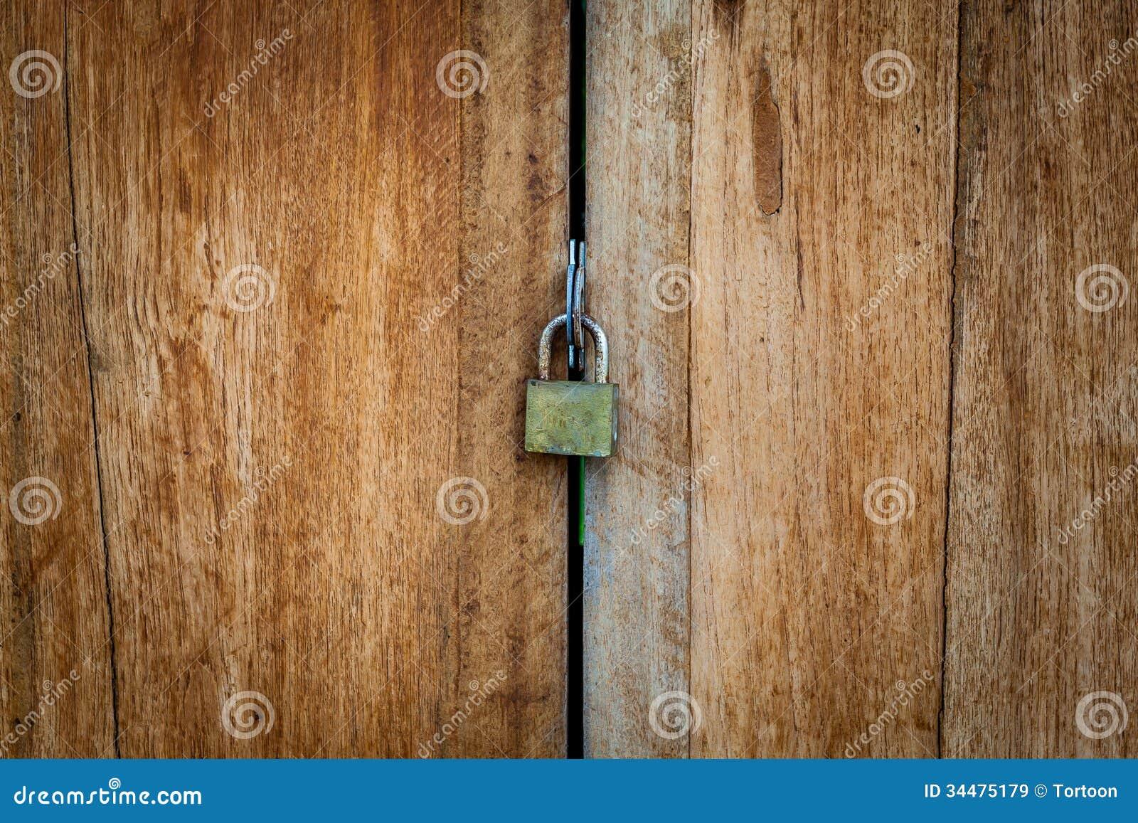 Vieille serrure porte