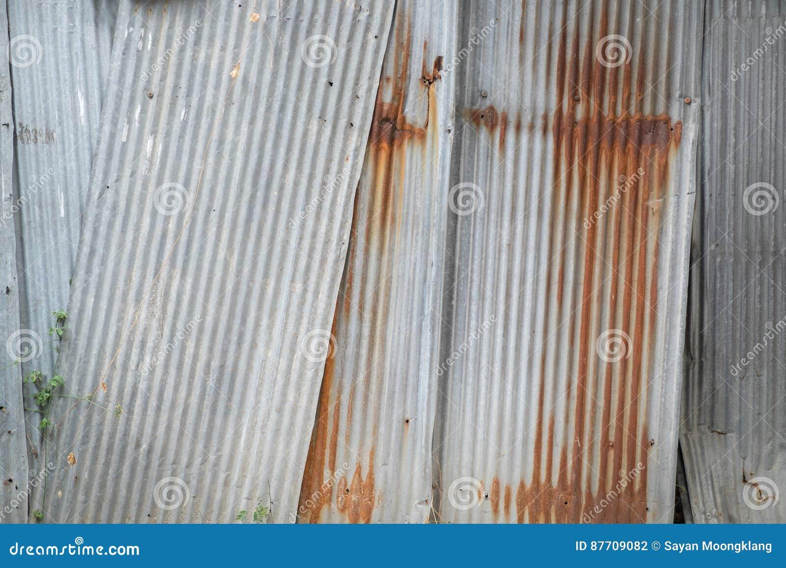 Vieille texture de toit de feuillard Modèle de vieux feuillard
