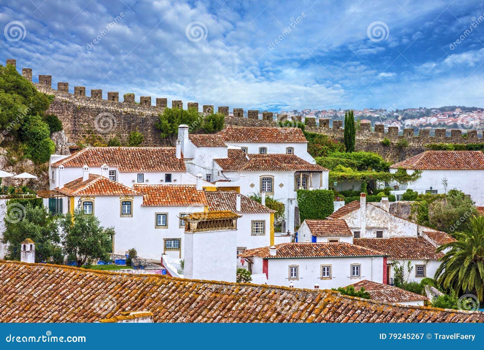 Vieille ville, forteresse Obidos, Portugal