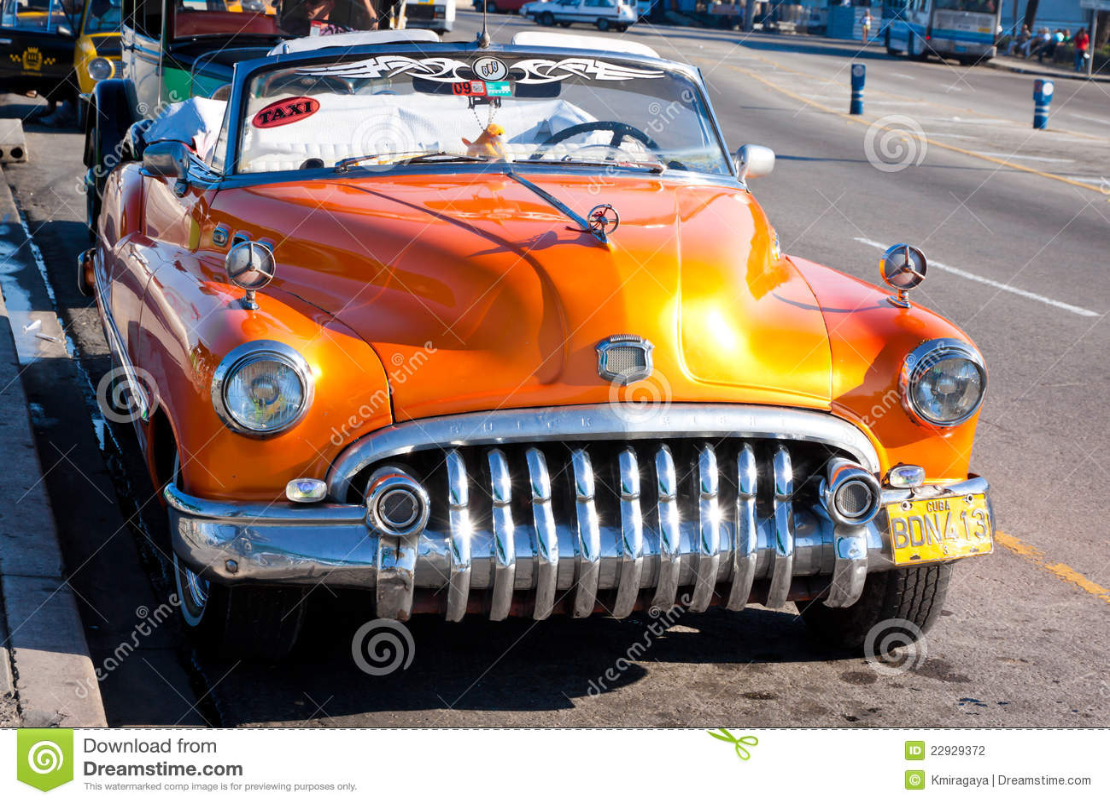 vieille voiture am ricaine classique la havane photographie ditorial image 22929372. Black Bedroom Furniture Sets. Home Design Ideas