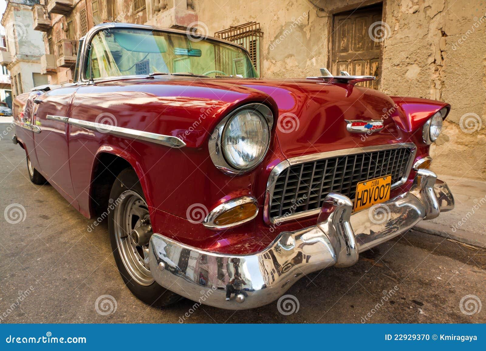 vieille voiture am ricaine classique une ic ne de la havane image ditorial. Black Bedroom Furniture Sets. Home Design Ideas