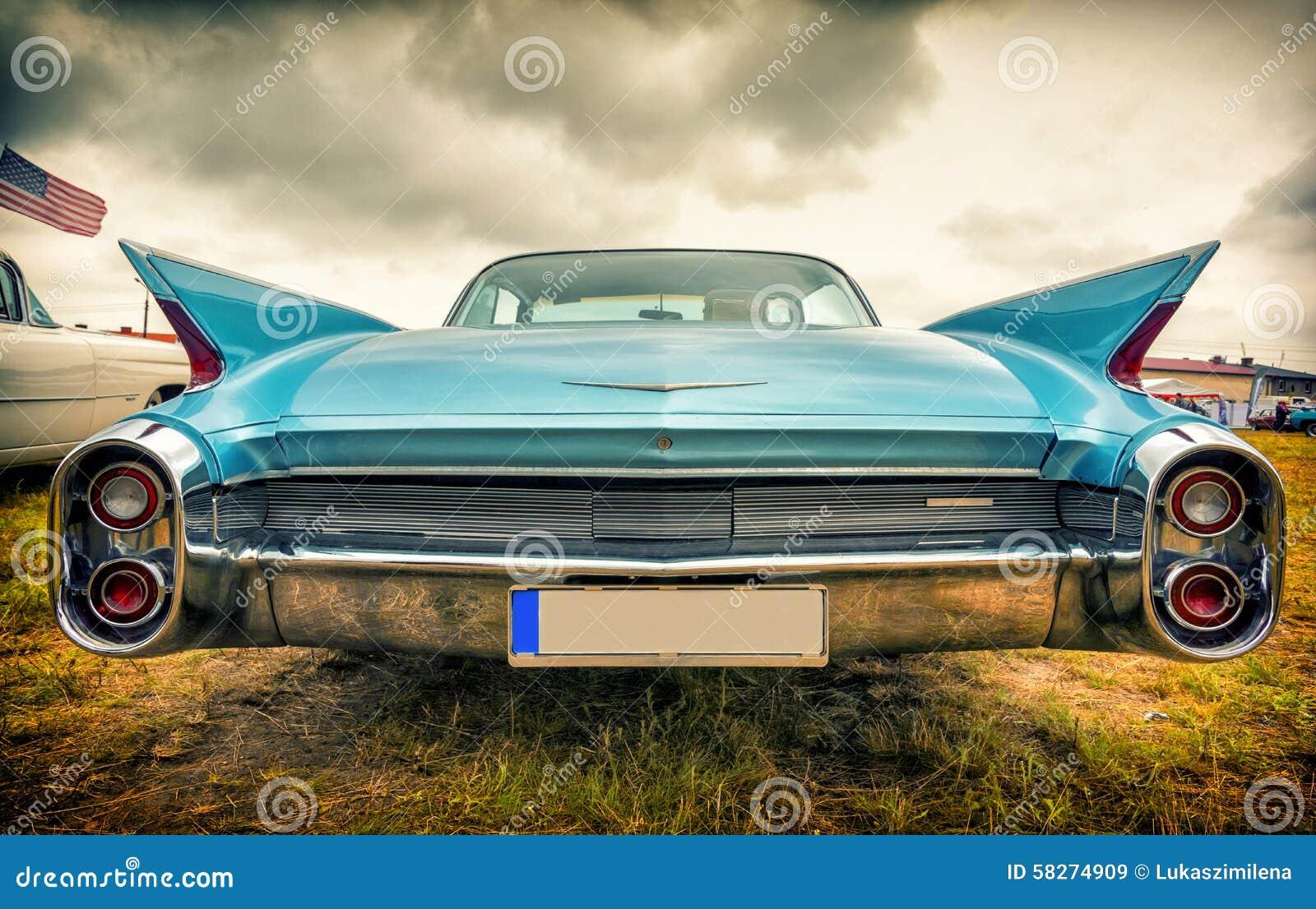vieille voiture am ricaine dans le style de vintage photo stock image 58274909. Black Bedroom Furniture Sets. Home Design Ideas
