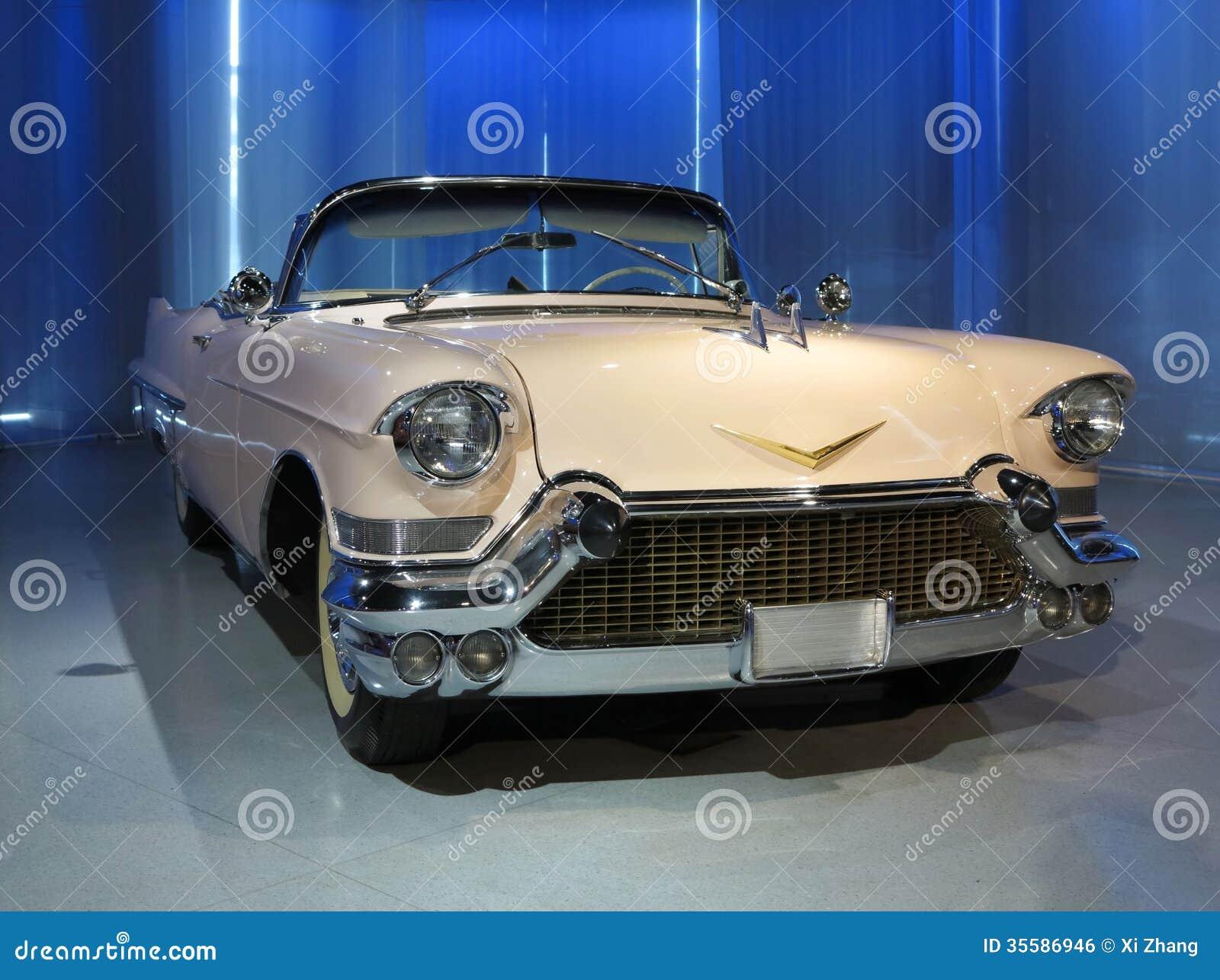 vieille voiture de cadillac stock images download 117 photos. Black Bedroom Furniture Sets. Home Design Ideas