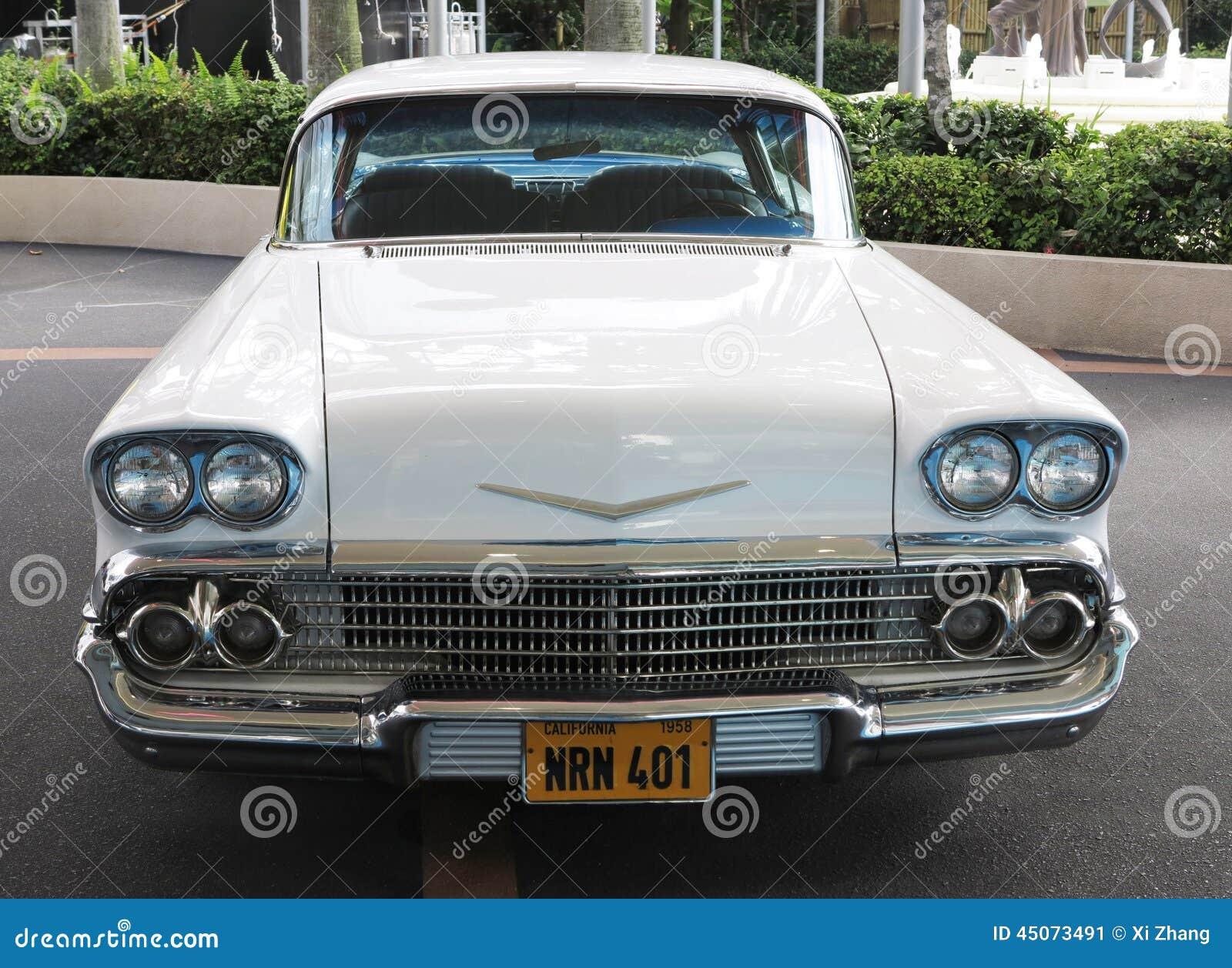 Vieille voiture de cadillac photo ditorial image 45073491 - Image de vieille voiture ...