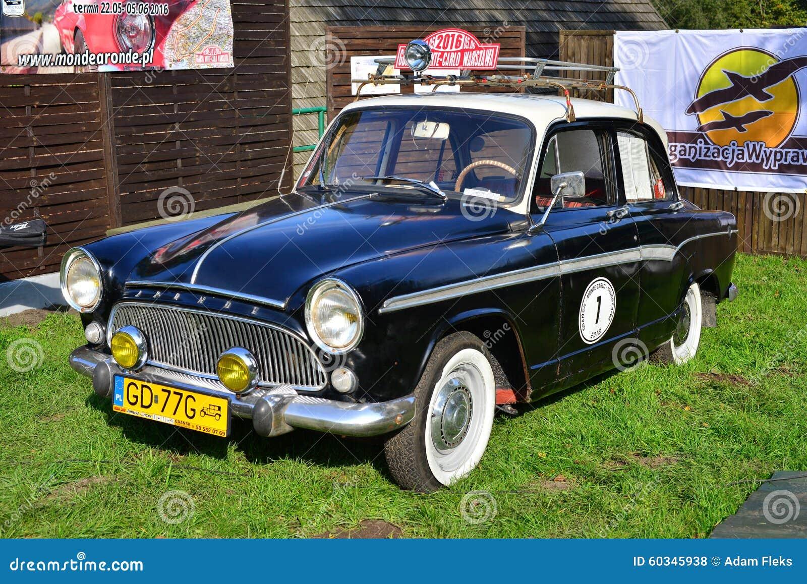 Vieille voiture fran aise classique photo stock ditorial for Salon vieilles voitures
