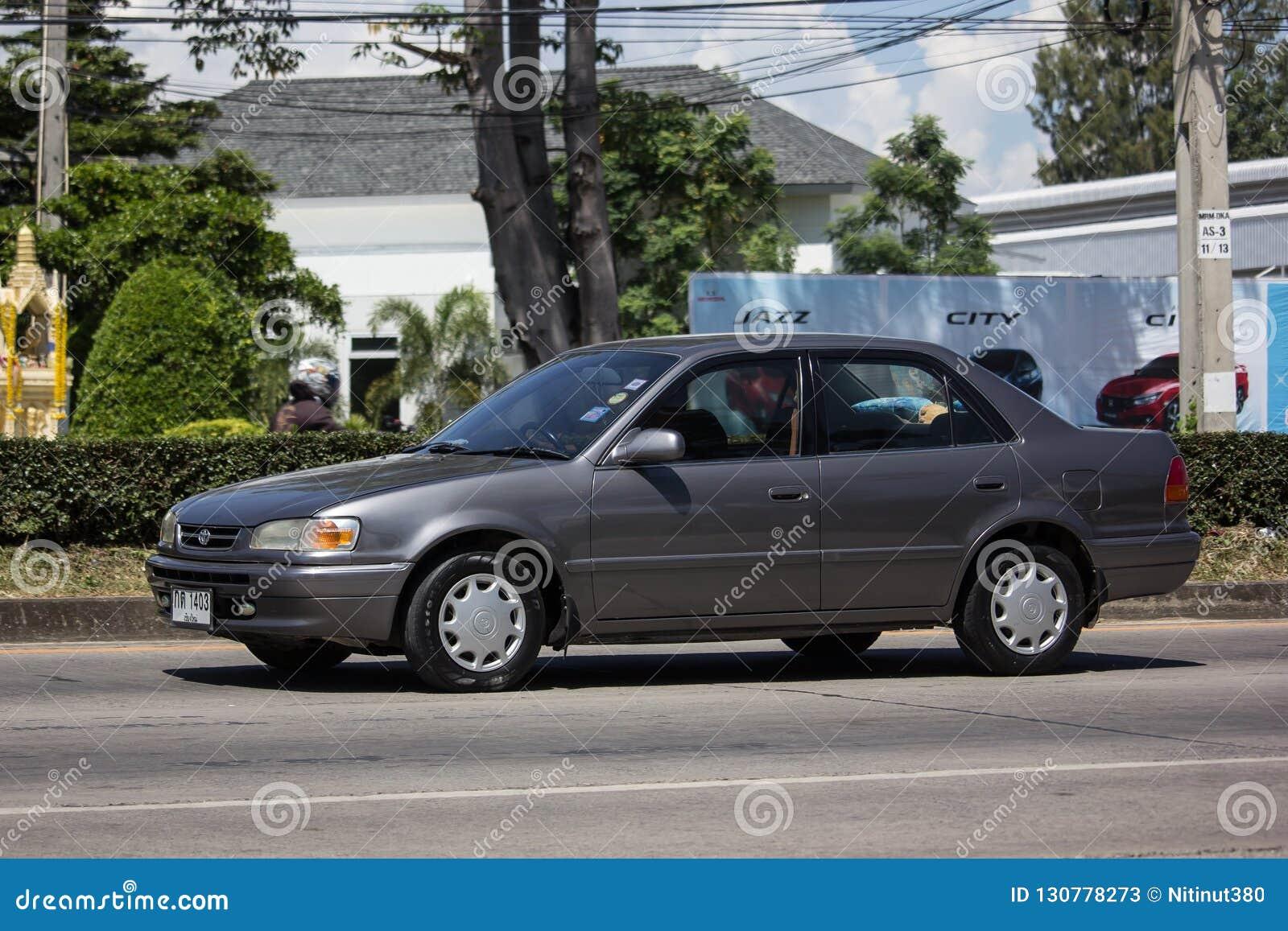 Vieille voiture privée, Toyota Corolla