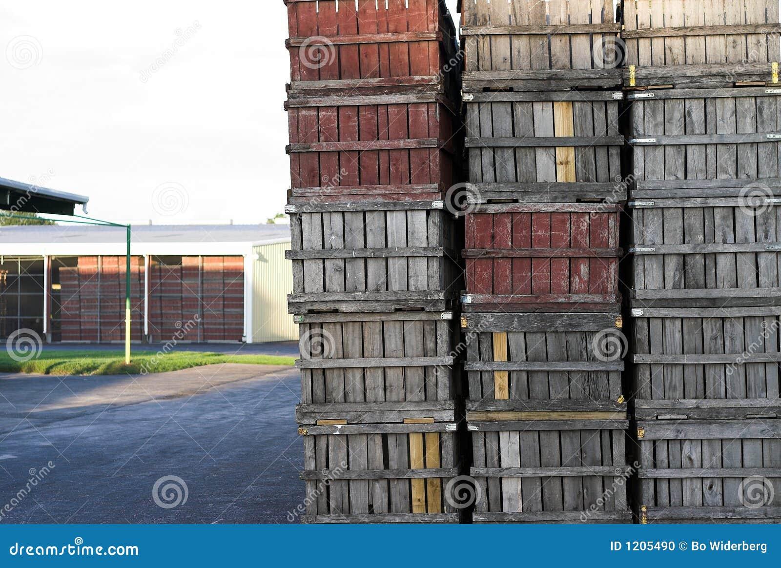 vieilles caisses en bois de fruit photo stock image 1205490. Black Bedroom Furniture Sets. Home Design Ideas