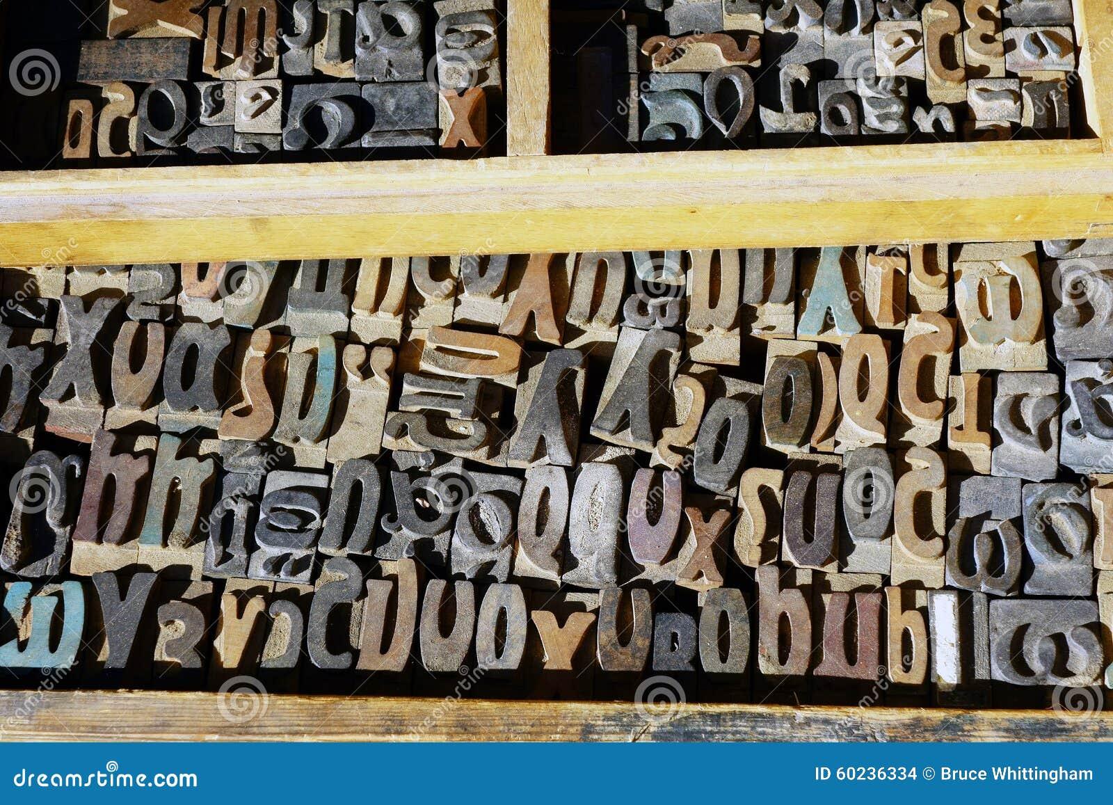 Vieilles lettres de presse typographique, alphabet grec