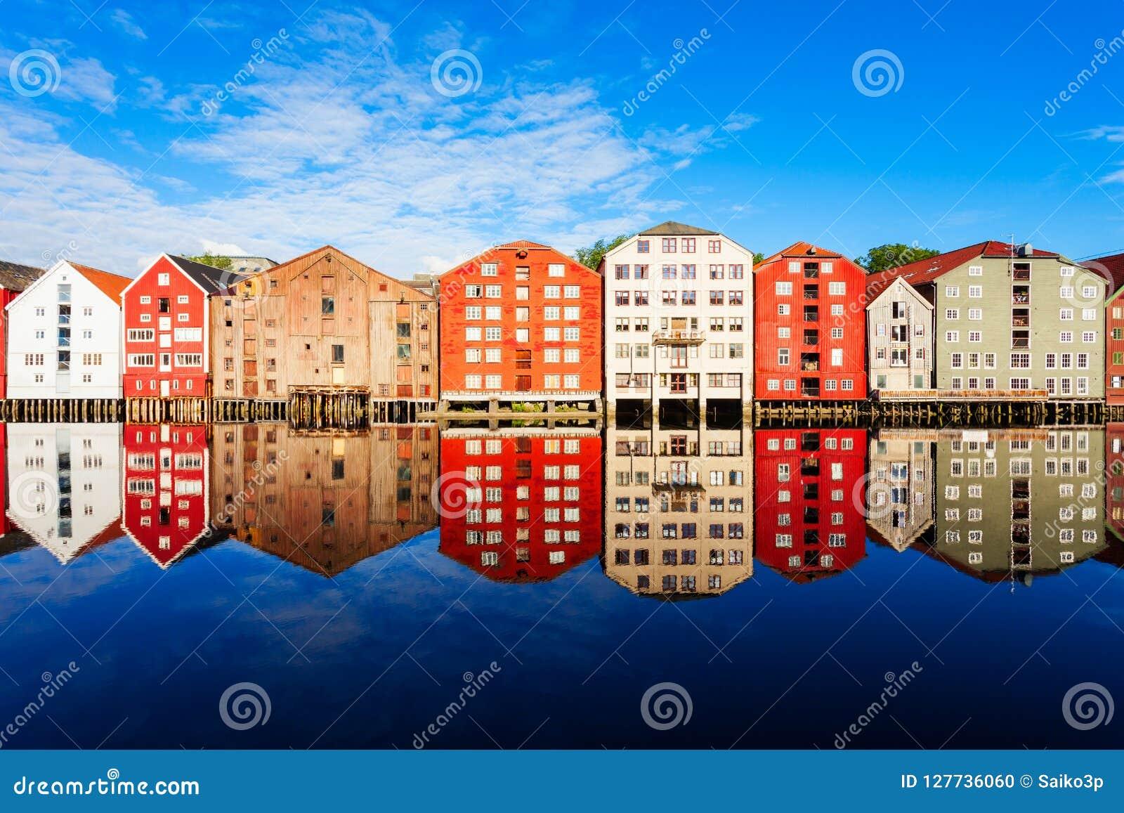 Vieilles maisons à Trondheim