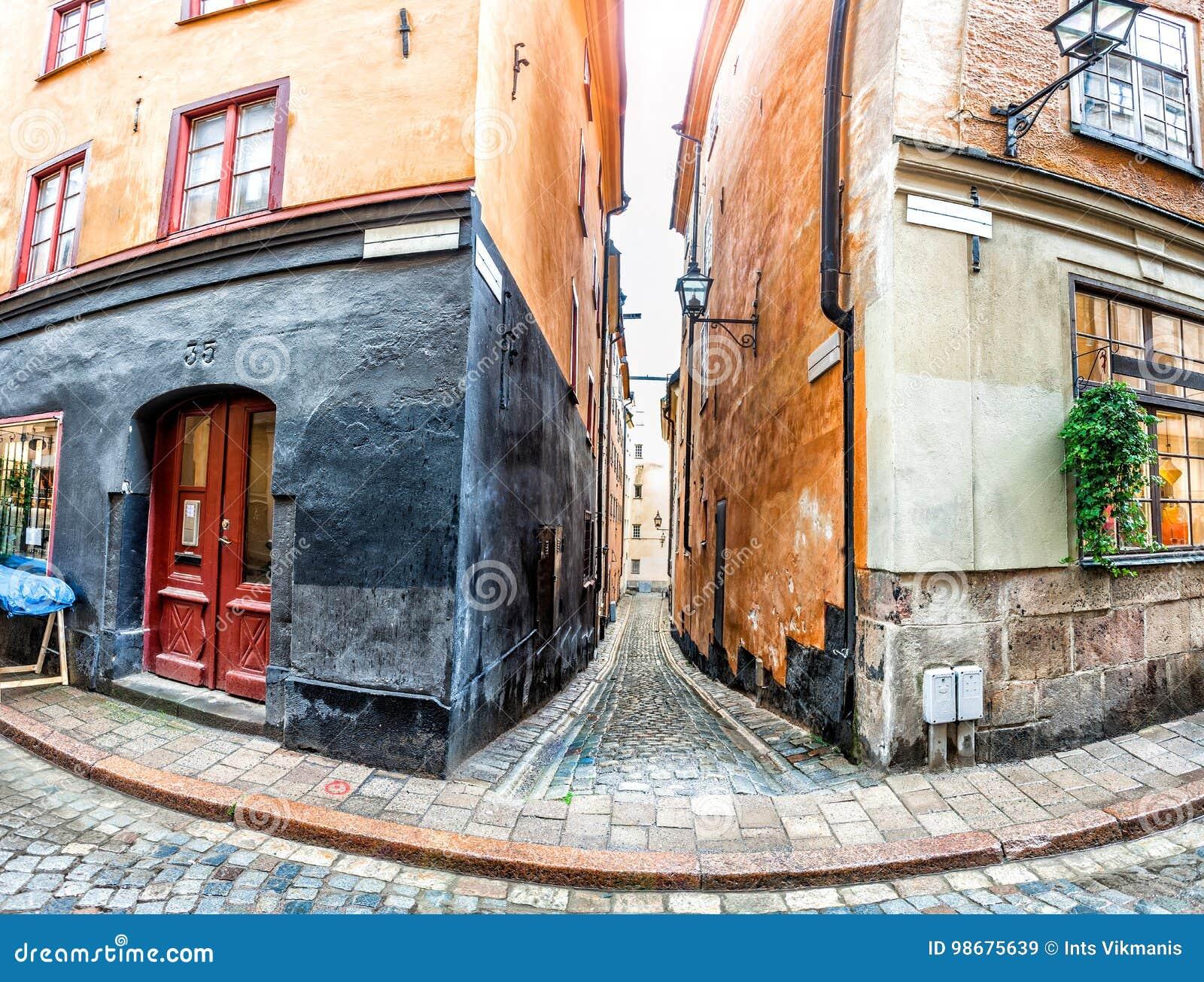 Vieilles rues de ville de Stockholm