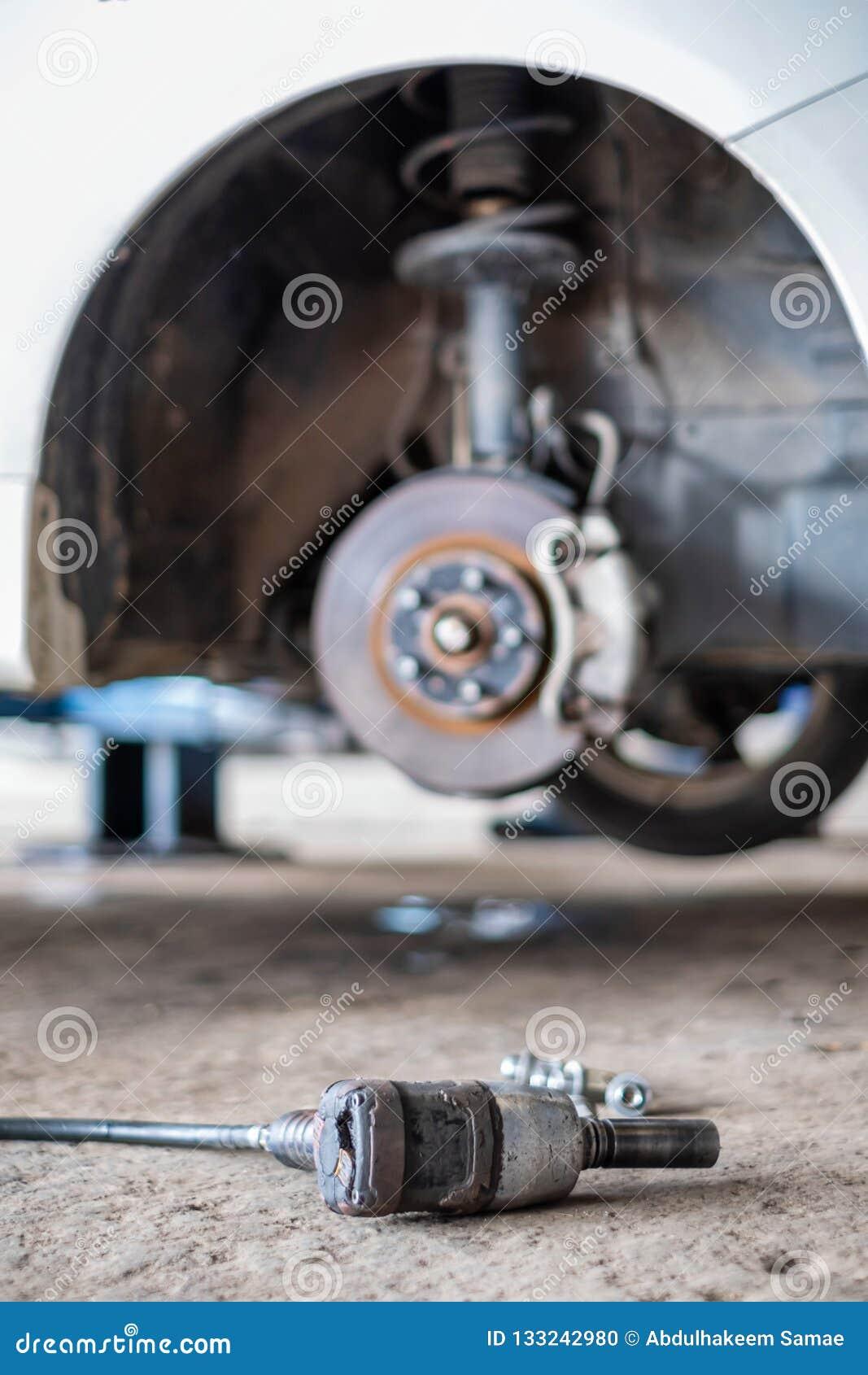 Viejo cambio del neumático