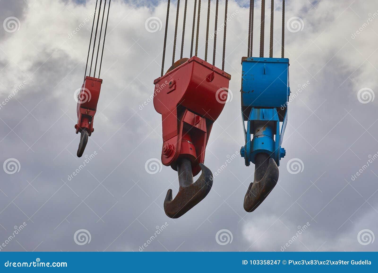 Viejo Crane Hooks