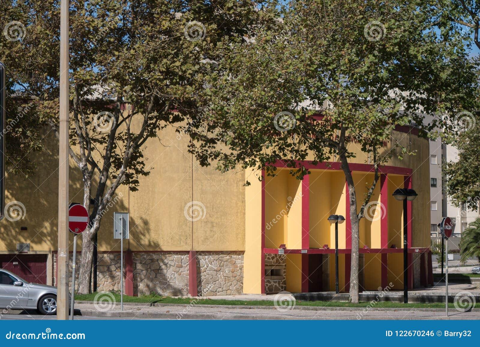 Viejos arena de la tauromaquia/Praca de Touros en Portugal septentrional, Povoa de Varzim