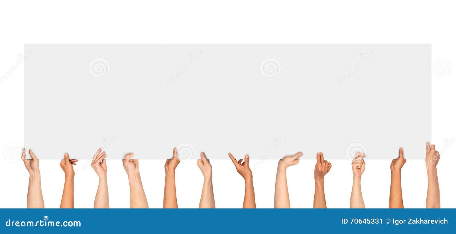 Viele Hände, Die Ein Leeres Plakat Für Die Werbung Halten ...