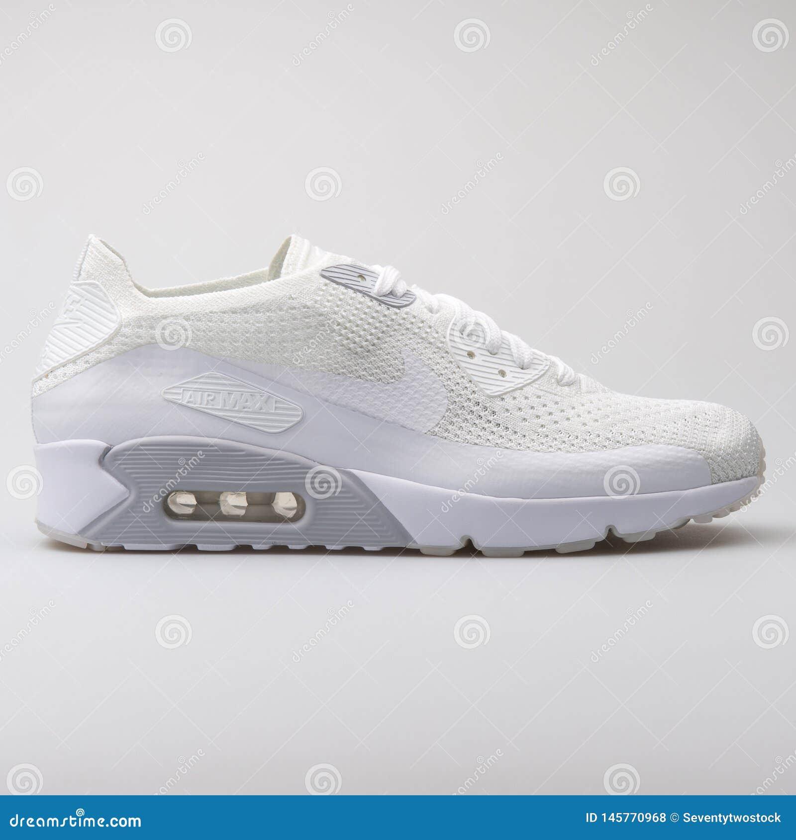 Nike Air Max 90 Ultra 2.0 Flyknit blue sneaker – Stock