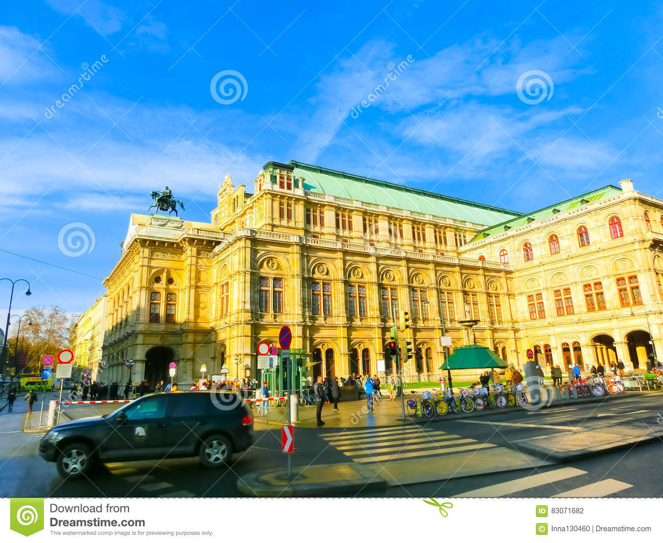 Vienna, Austria - January 02, 2015: Moving Traffic In Front Of The State  Opera House Editorial Photography - Image of architecture, cityscape:  83071682