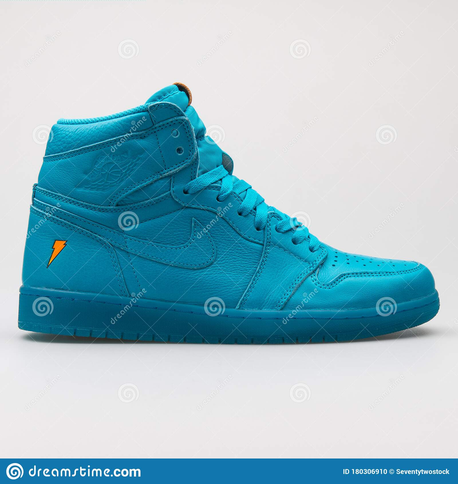 Nike Air Jordan 1 Retro High OG G8RD Blue Lagoon Sneaker Editorial ...