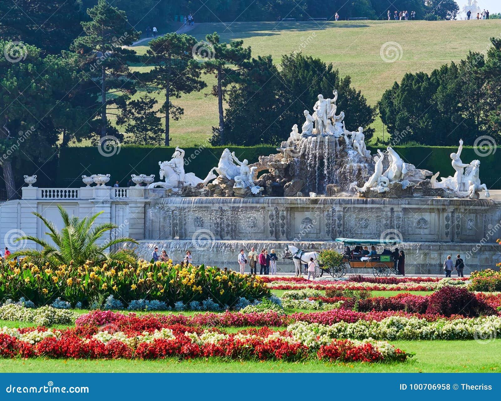 VIENNA, AUSTRIA - 8 SETTEMBRE 2017 Palazzo famoso di Schonbrunn a Vienna, Austria