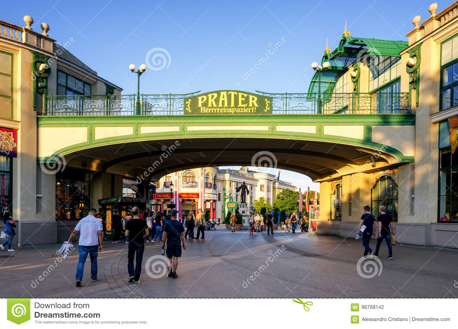 Vienne, entrée de parc d attractions de Prater